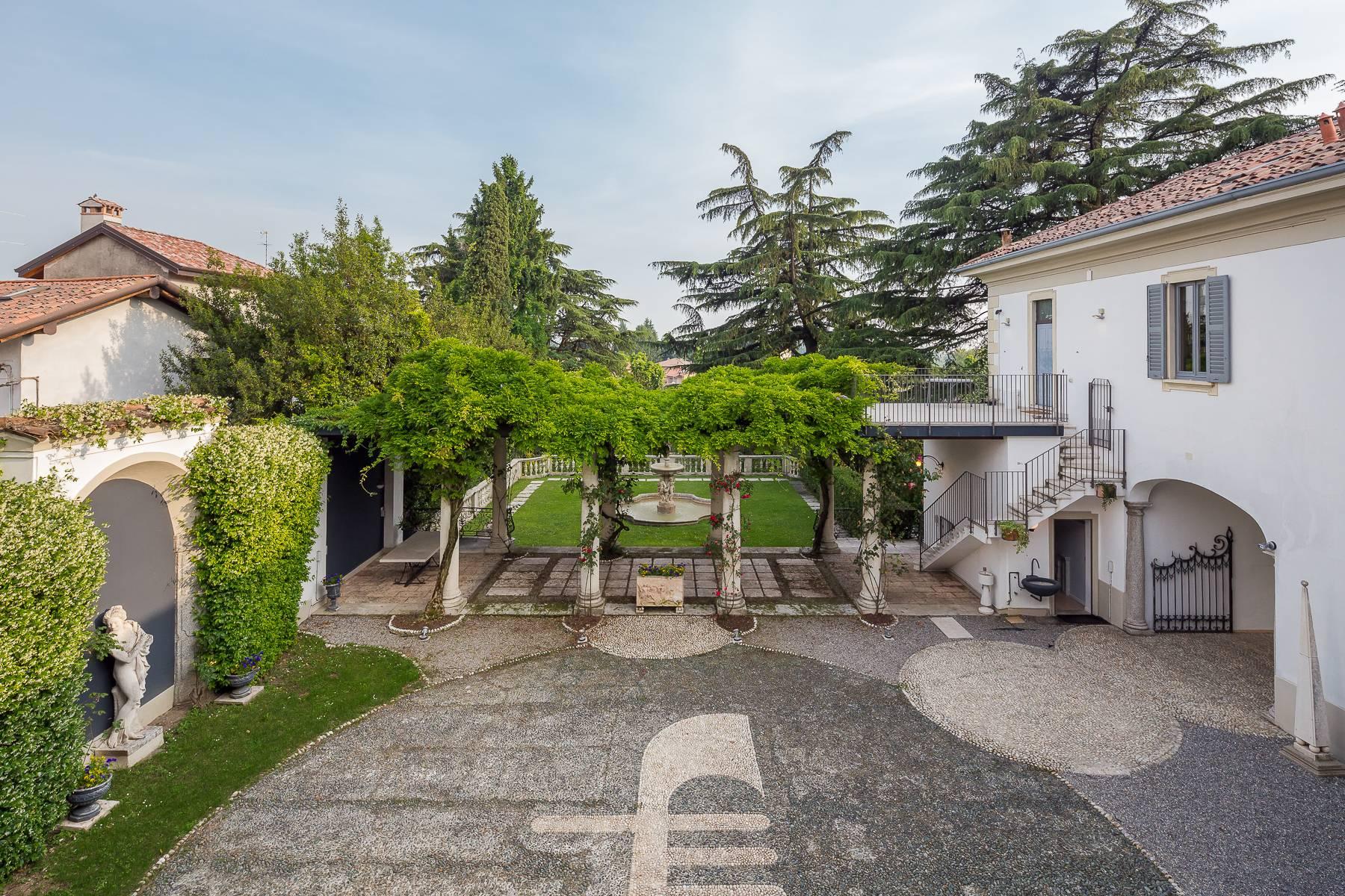 Villa in Vendita a Besana In Brianza: 5 locali, 1600 mq - Foto 8