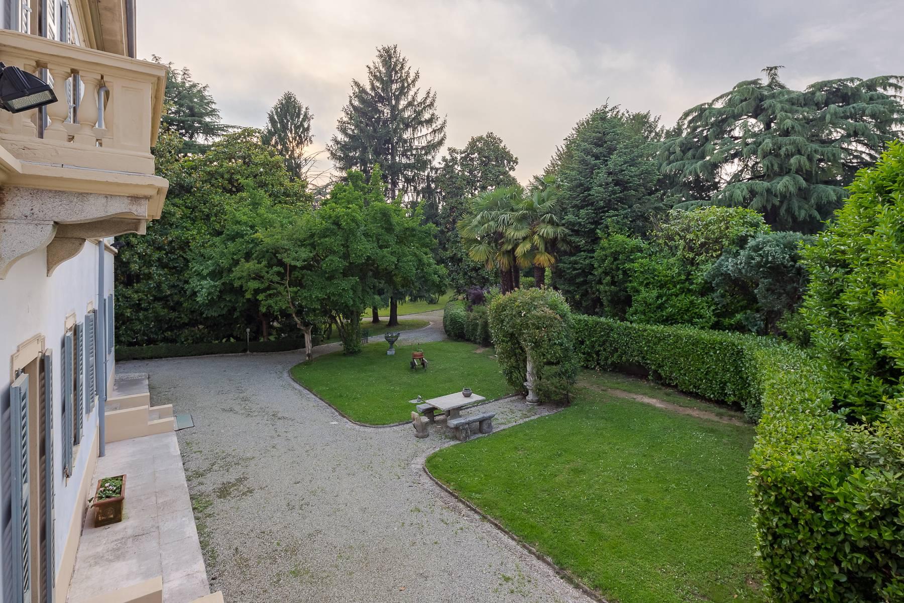 Villa in Vendita a Besana In Brianza: 5 locali, 1600 mq - Foto 5