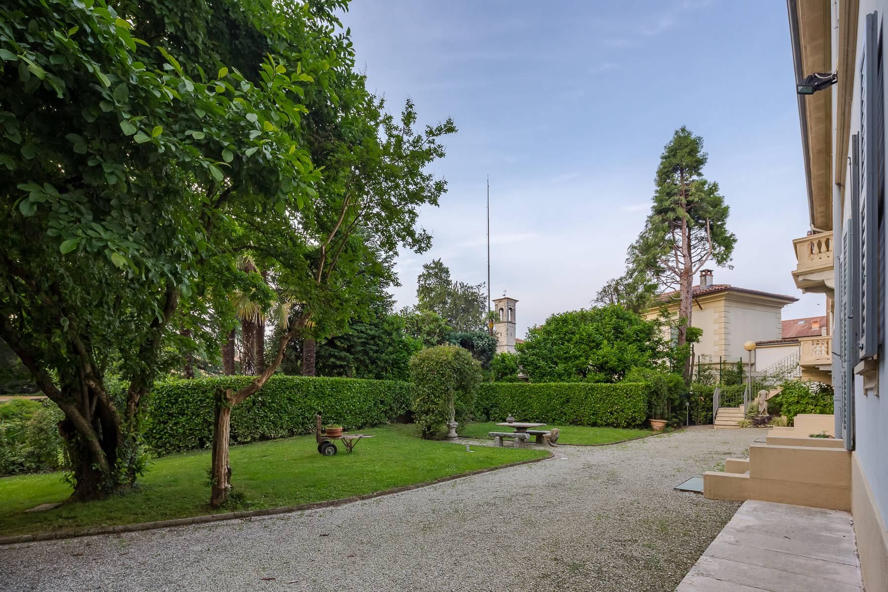 Villa in Vendita a Besana In Brianza: 5 locali, 1600 mq - Foto 4