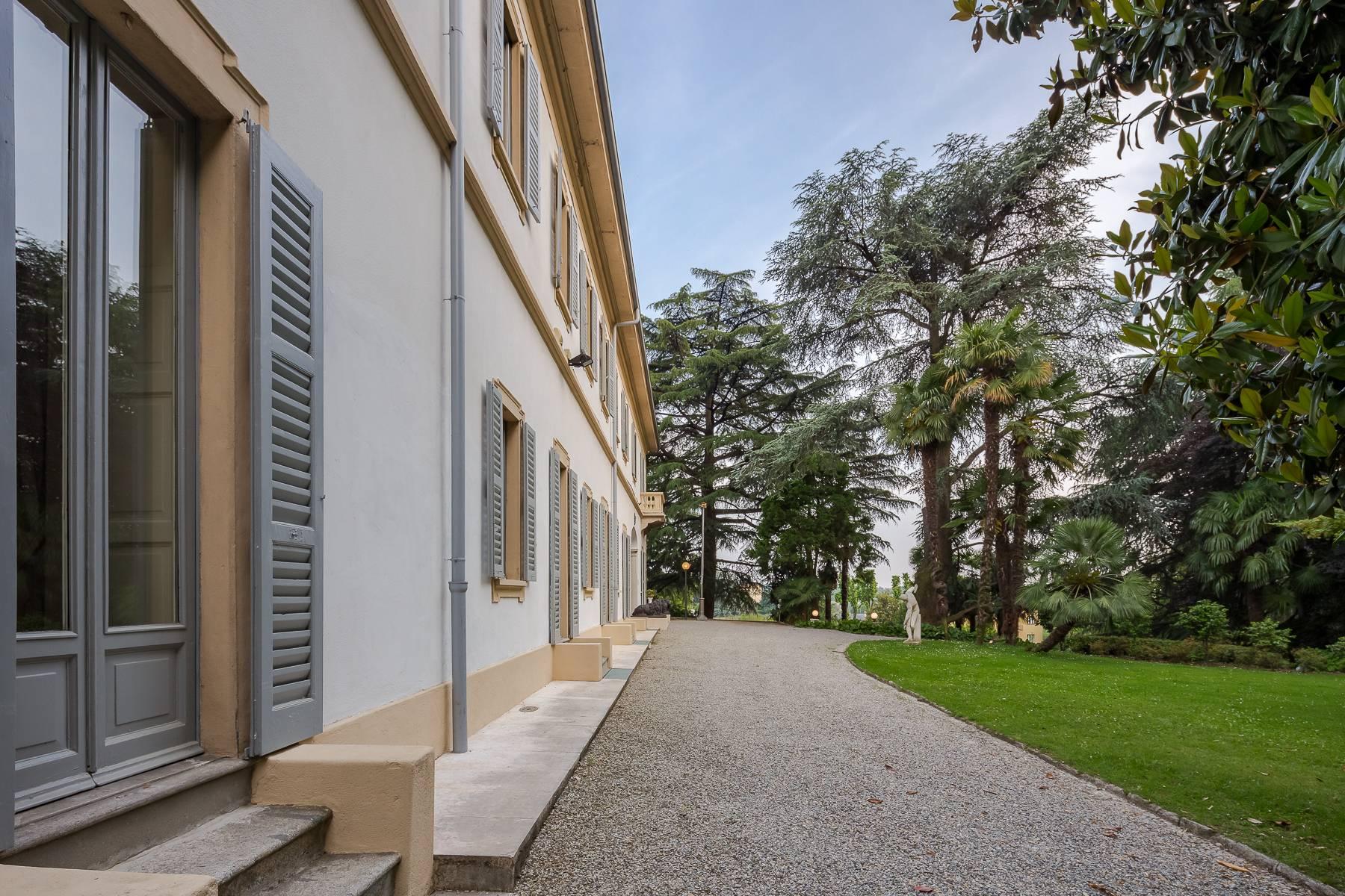 Villa in Vendita a Besana In Brianza: 5 locali, 1600 mq - Foto 3