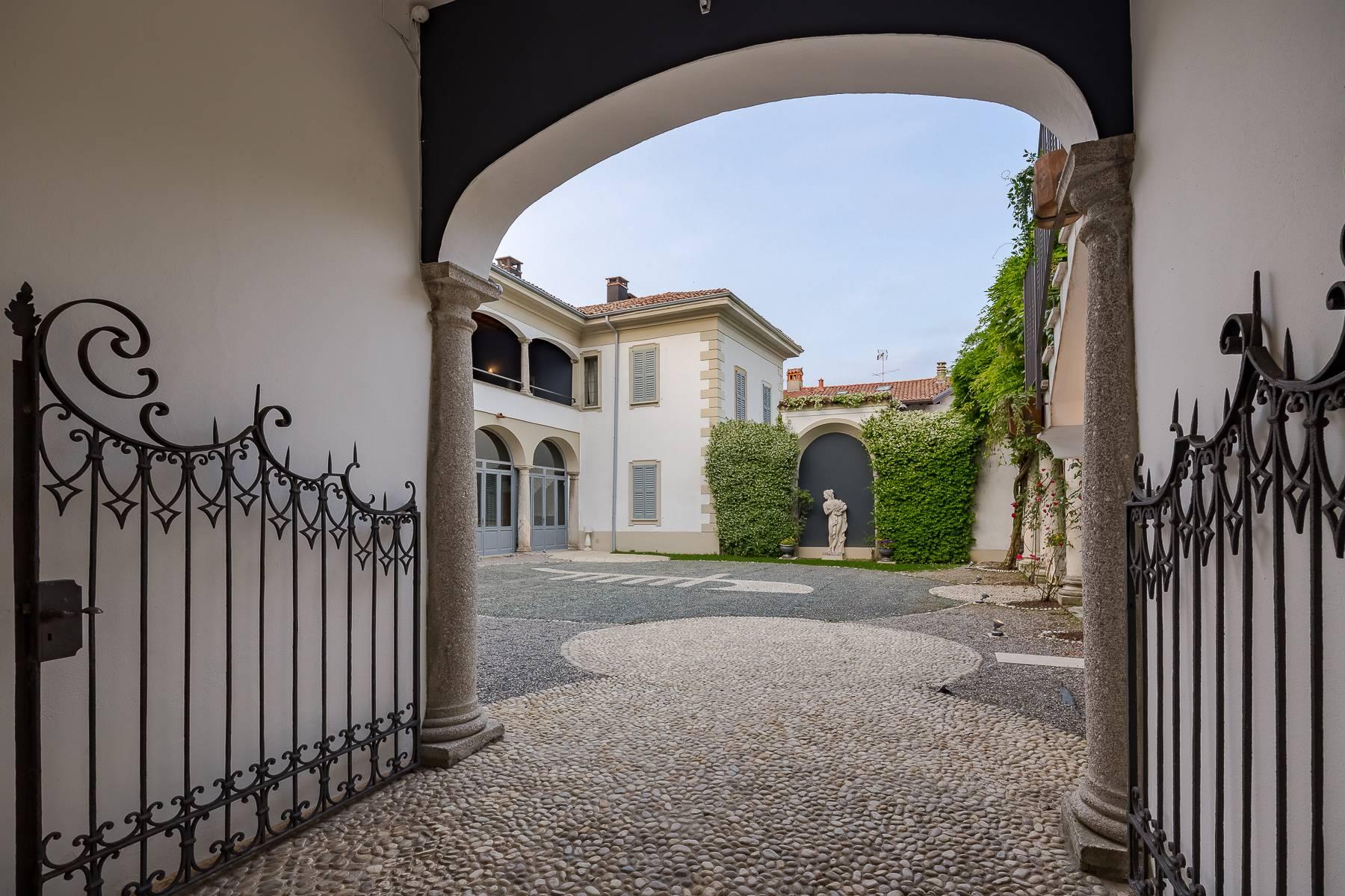 Villa in Vendita a Besana In Brianza: 5 locali, 1600 mq - Foto 6