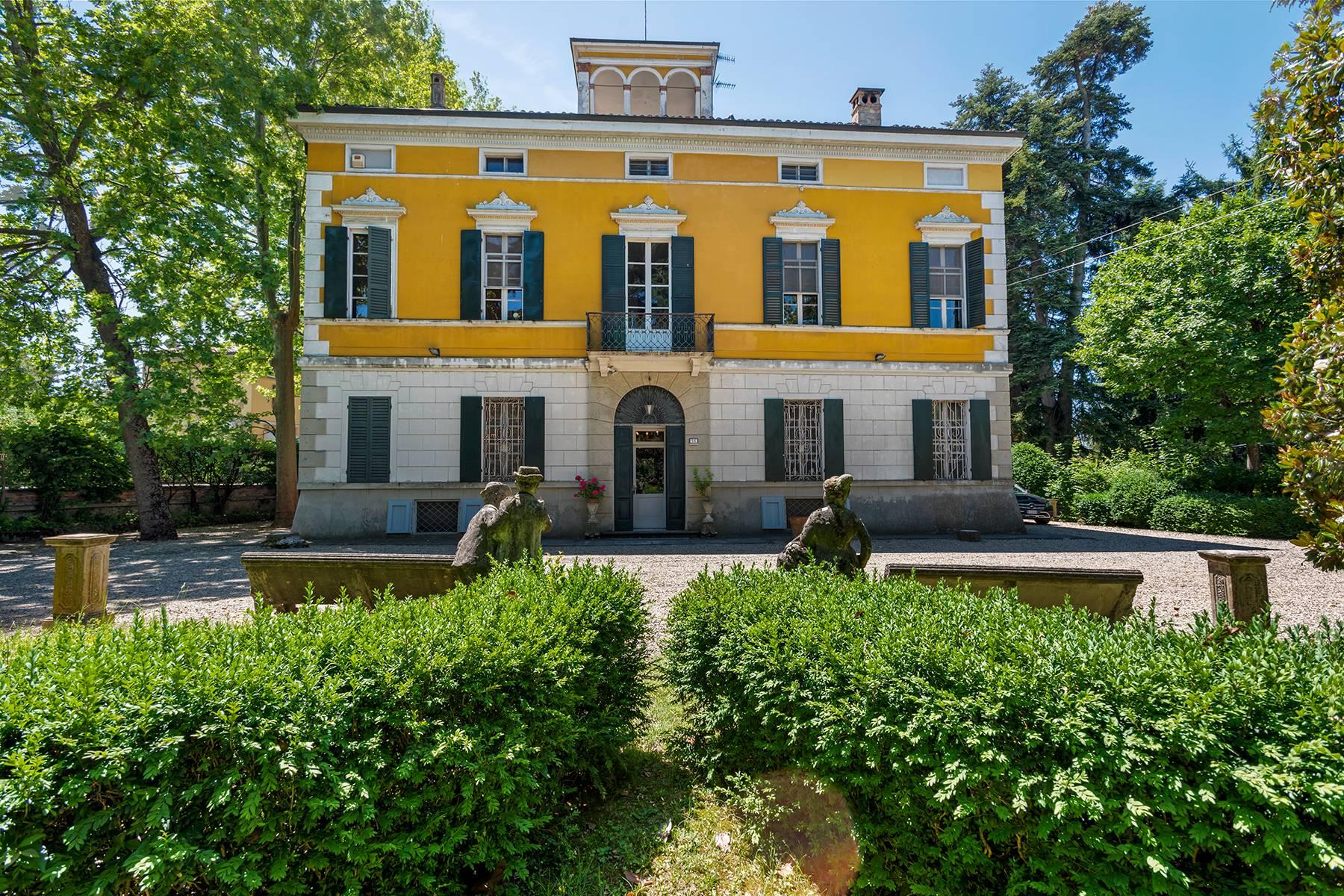 Villa in Vendita a Collecchio: 5 locali, 1310 mq