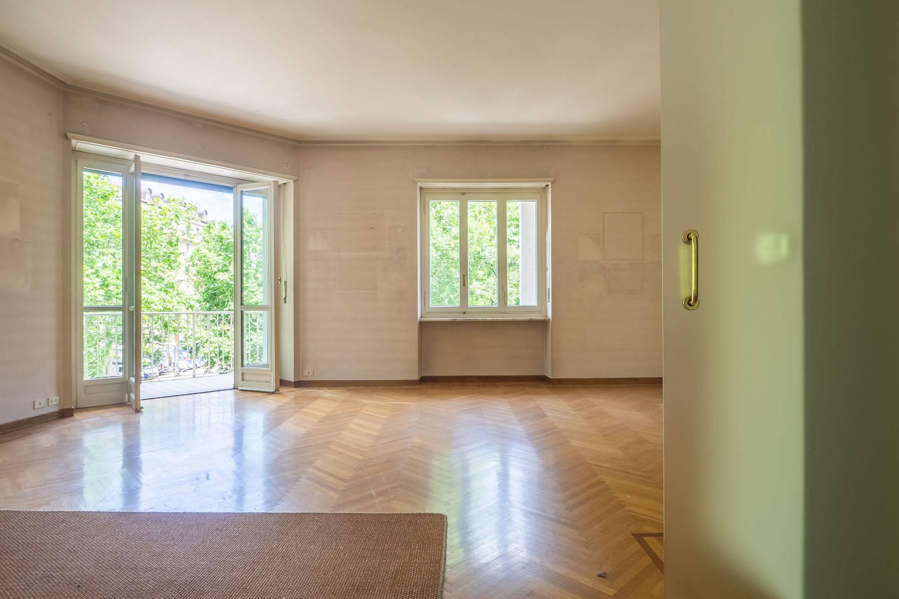Appartamento in Vendita a Torino: 4 locali, 181 mq - Foto 2