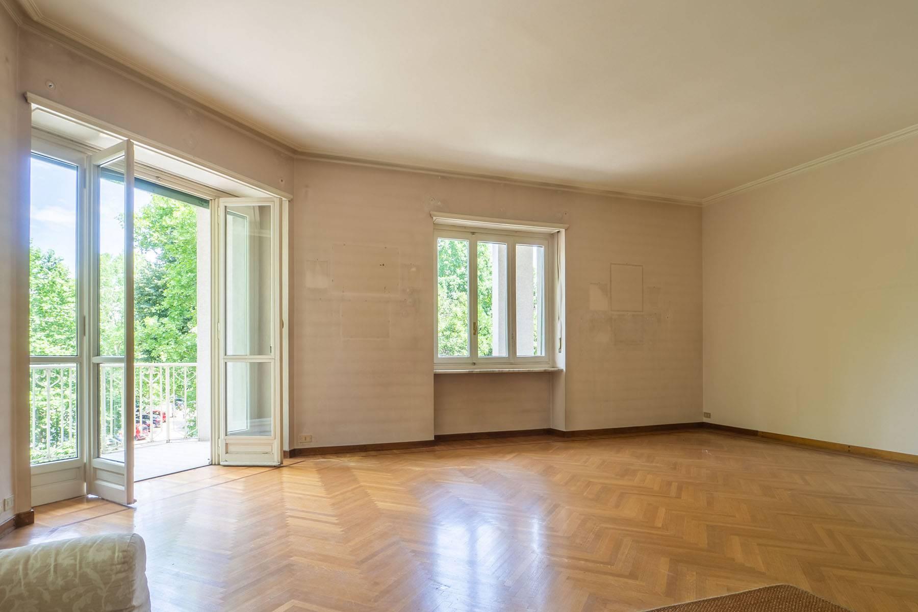 Appartamento in Vendita a Torino Centro: 4 locali, 181 mq