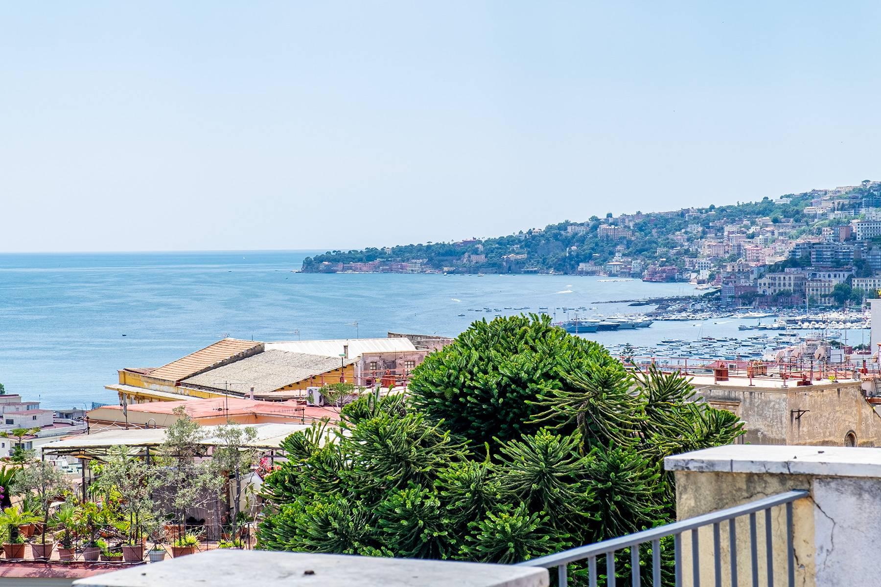 Attico in Vendita a Napoli: 5 locali, 160 mq - Foto 2