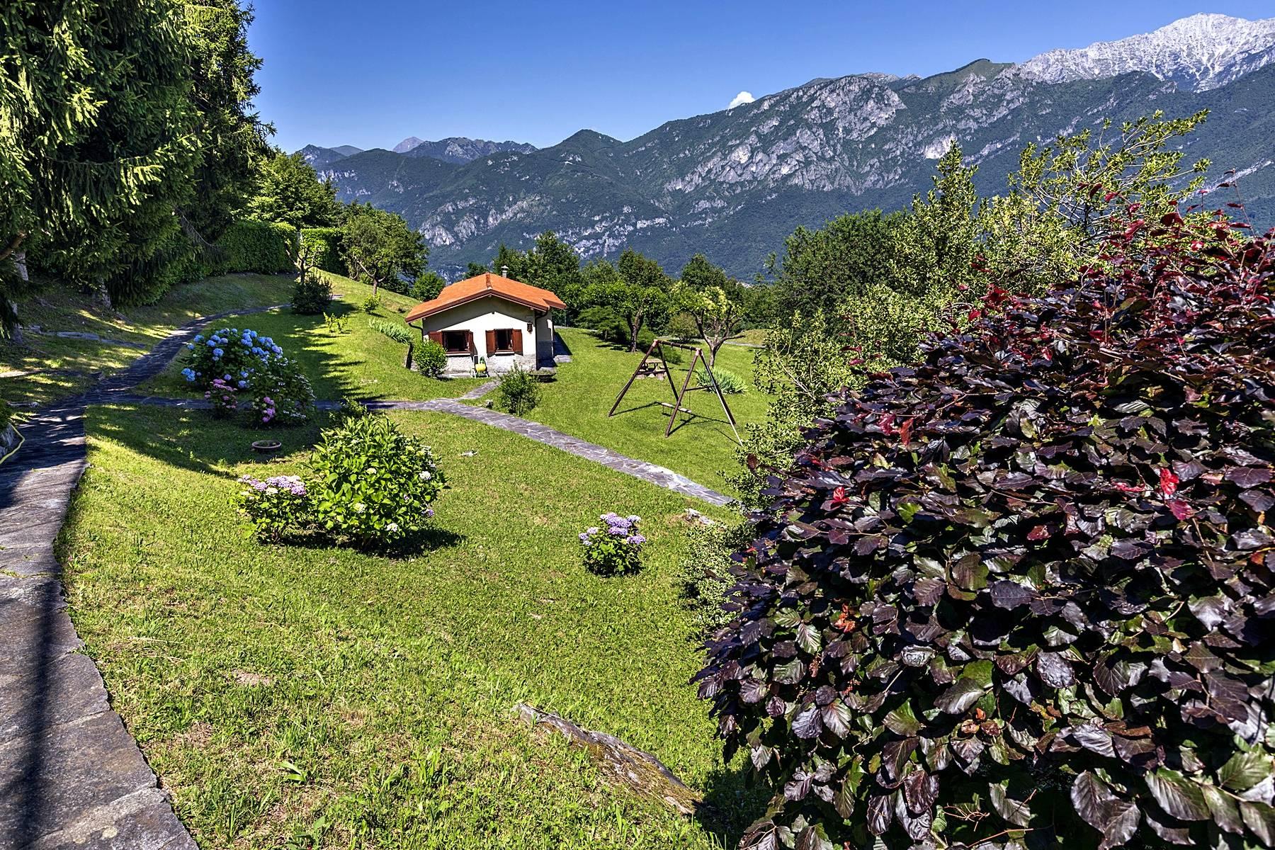 Villa in Vendita a Civenna: 5 locali, 278 mq - Foto 4