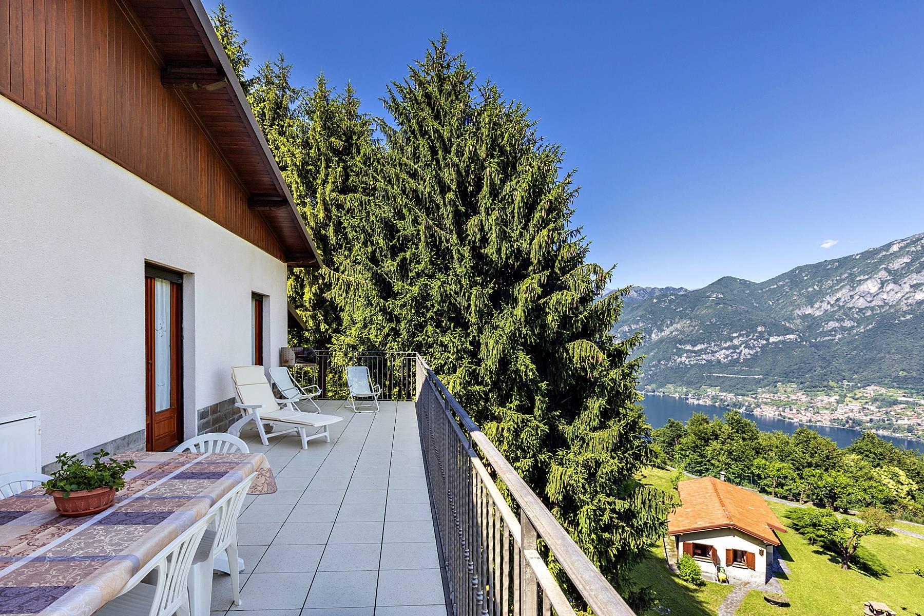 Villa in Vendita a Civenna: 5 locali, 278 mq - Foto 2