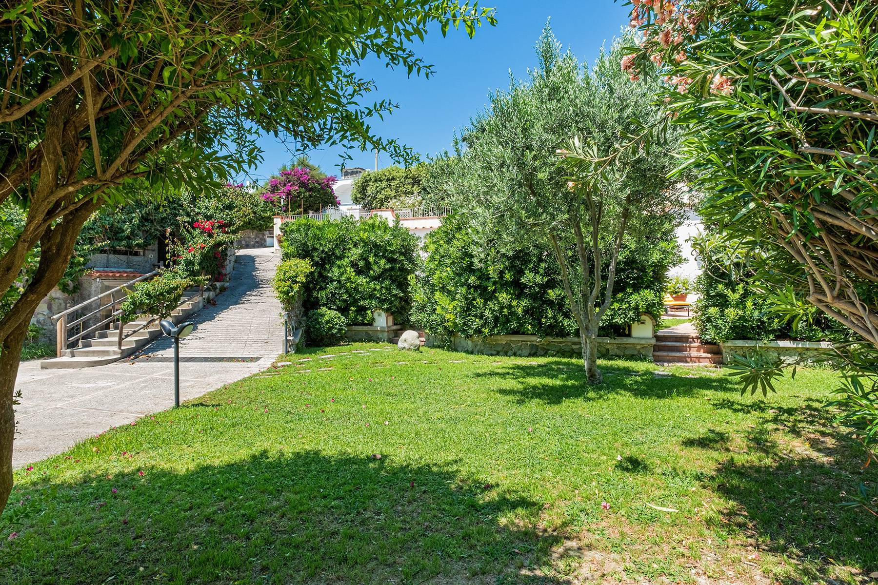 Villa in Vendita a Ischia: 5 locali, 400 mq - Foto 18