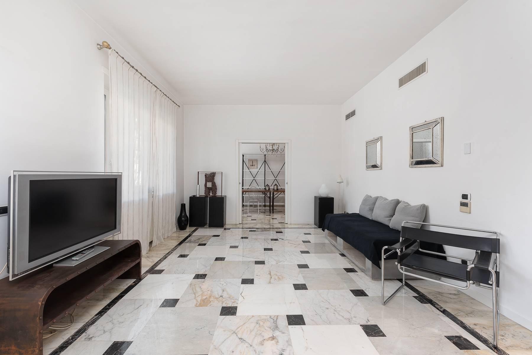 Appartamento in Vendita a Roma 02 Parioli / Pinciano / Flaminio: 5 locali, 145 mq