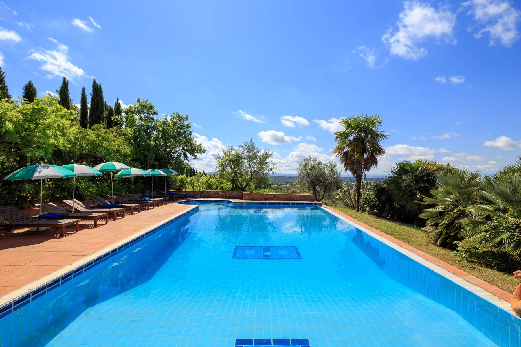 Villa in Vendita a Gaiole In Chianti: 5 locali, 465 mq