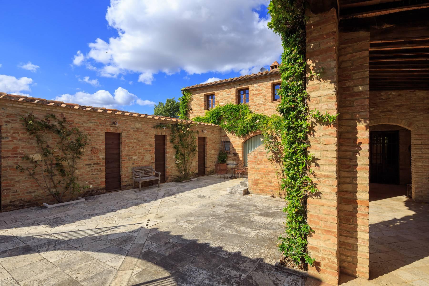 Villa in Vendita a Asciano: 5 locali, 430 mq - Foto 2