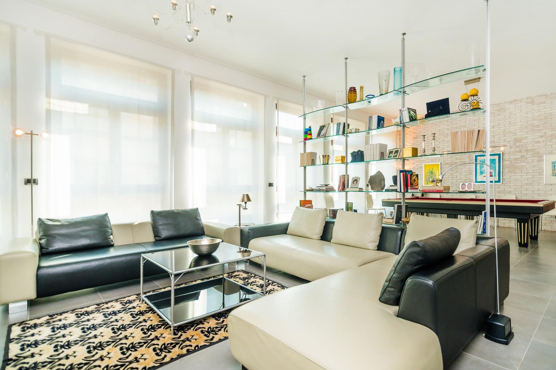 Appartamento in Affitto a Milano 01 Centro storico (Cerchia dei Navigli): 5 locali, 235 mq