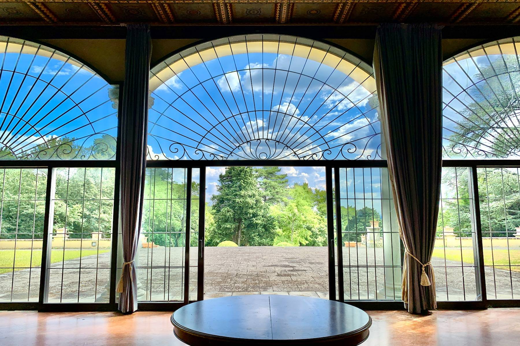 Villa in Vendita a Fiesole: 5 locali, 2200 mq