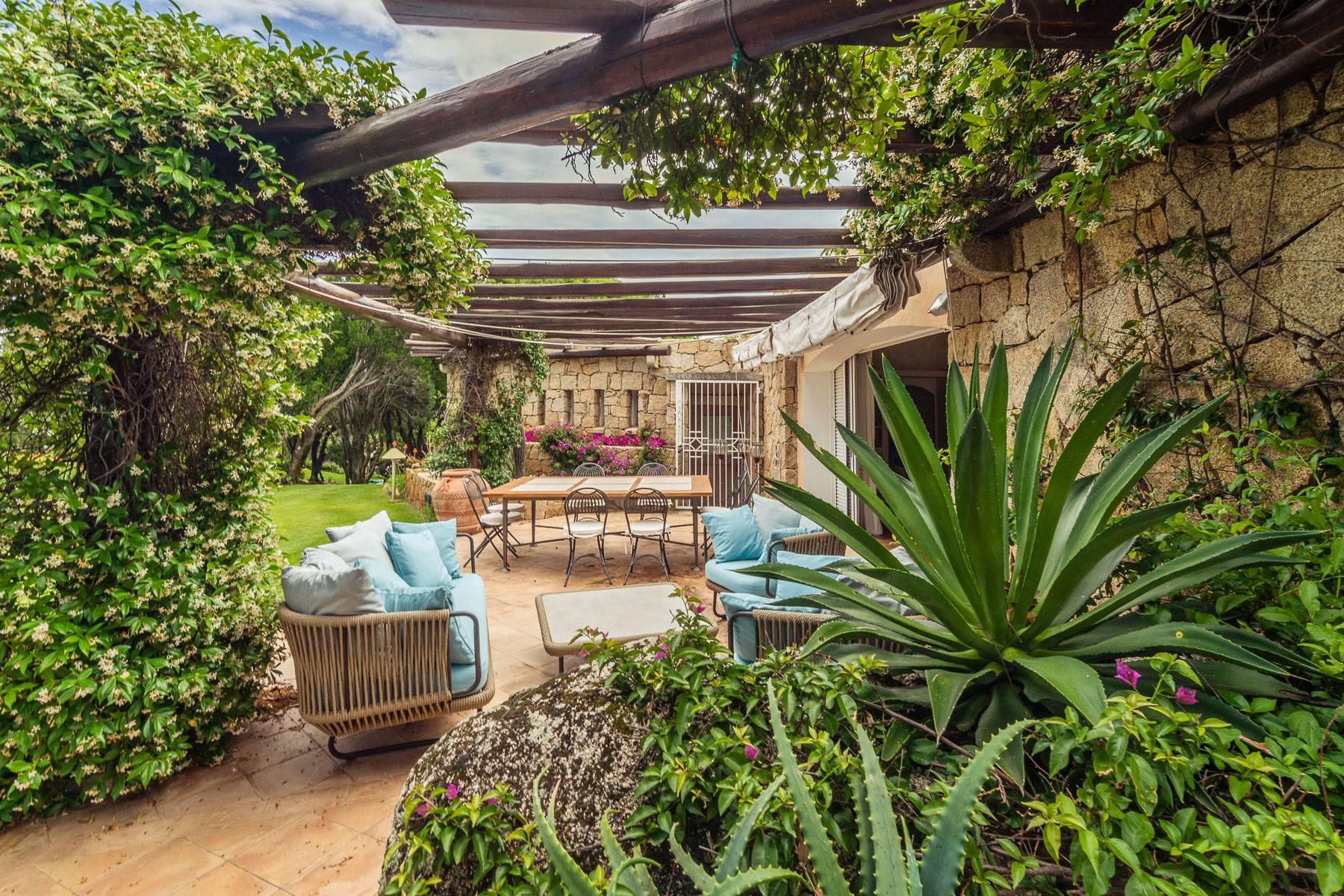 Villa in Vendita a Arzachena: 5 locali, 1112 mq - Foto 6