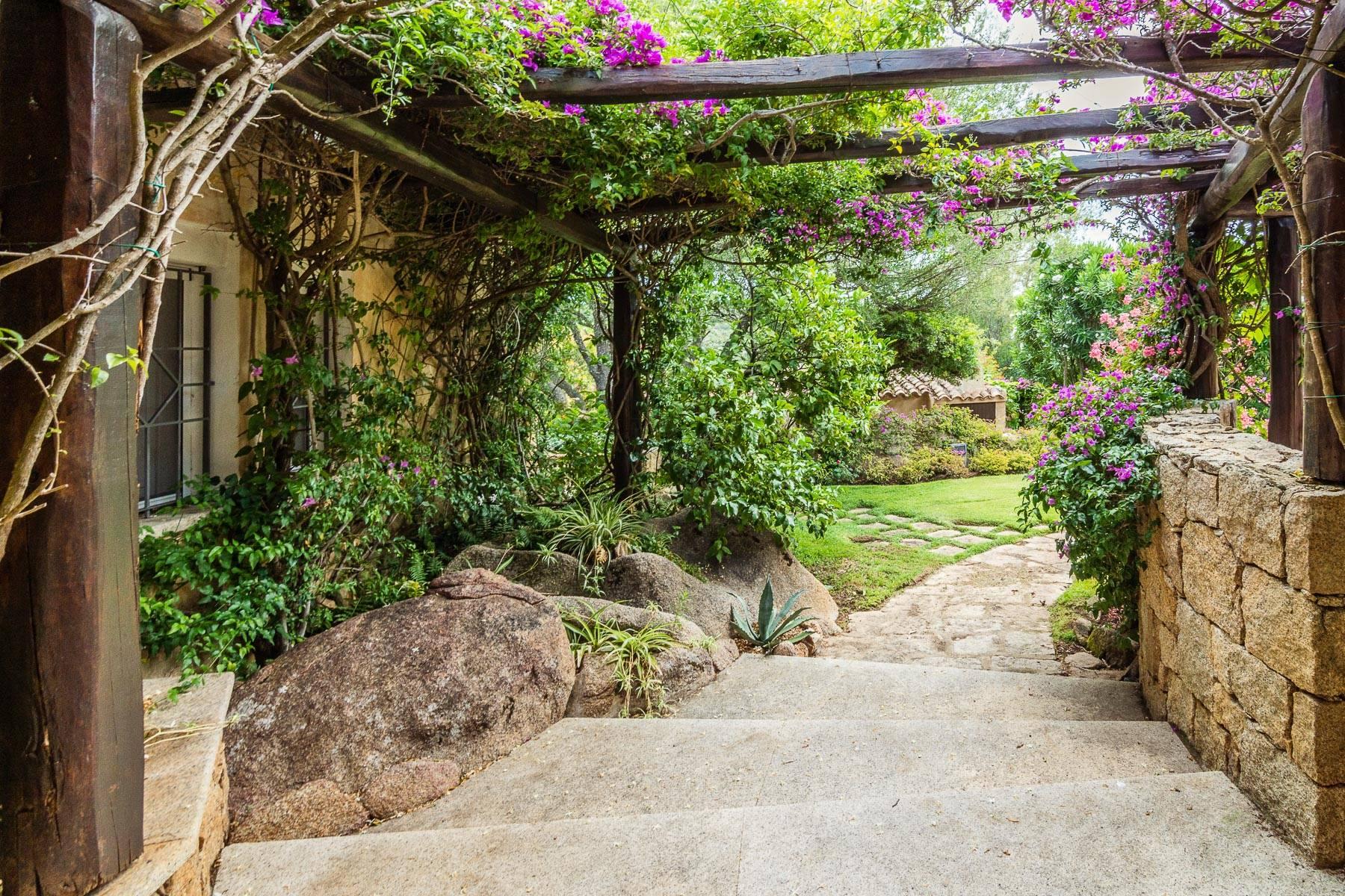 Villa in Vendita a Arzachena: 5 locali, 1112 mq - Foto 15