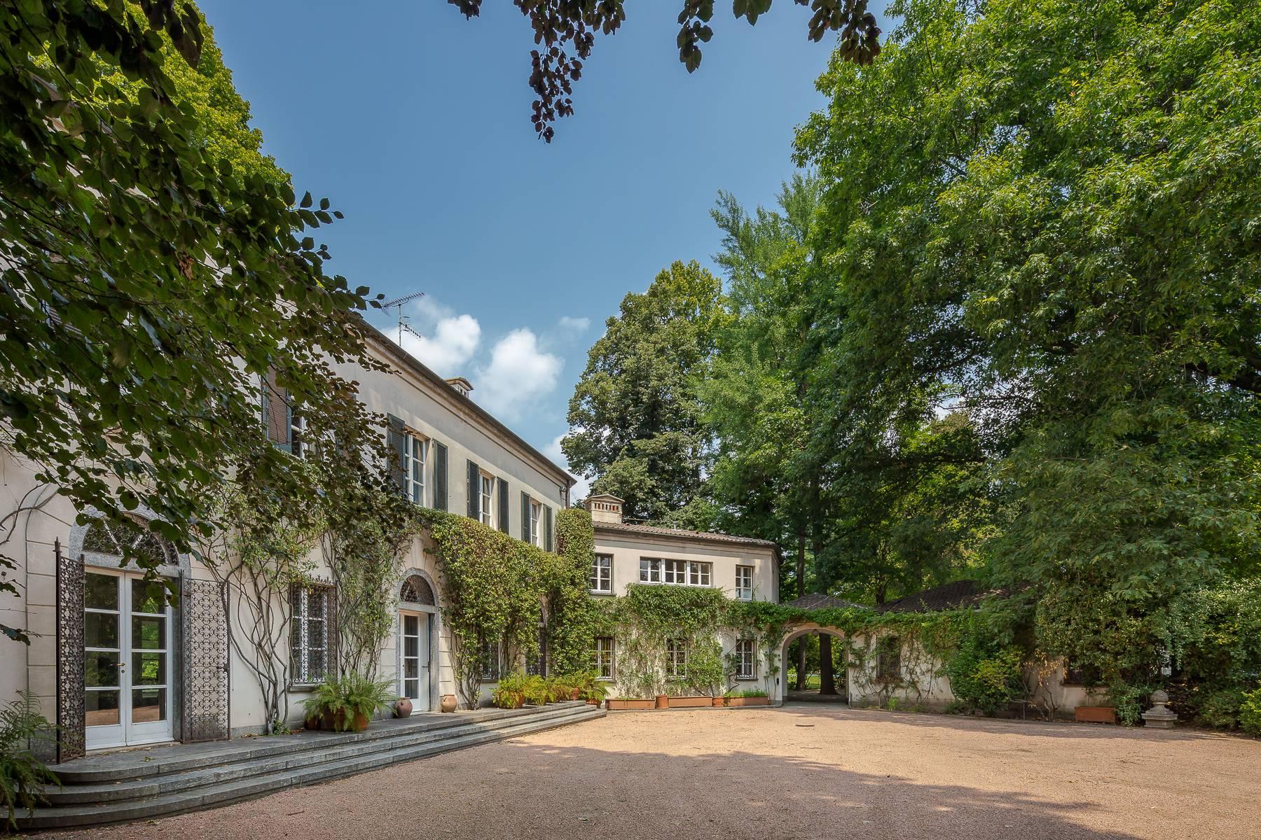 Villa in Vendita a Somma Lombardo: 5 locali, 750 mq - Foto 12