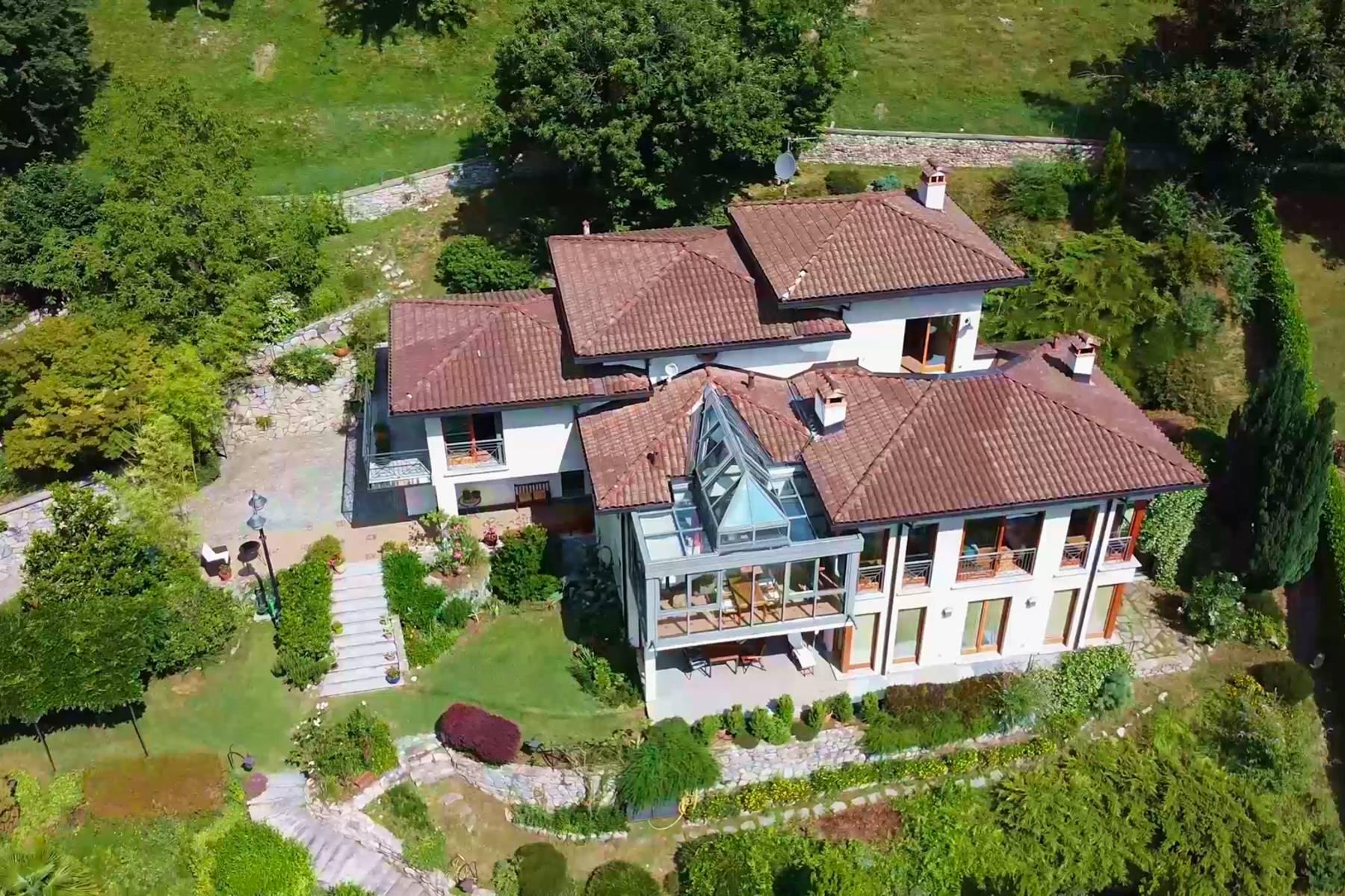 Villa in Vendita a Cerano D'Intelvi: 5 locali, 400 mq - Foto 1