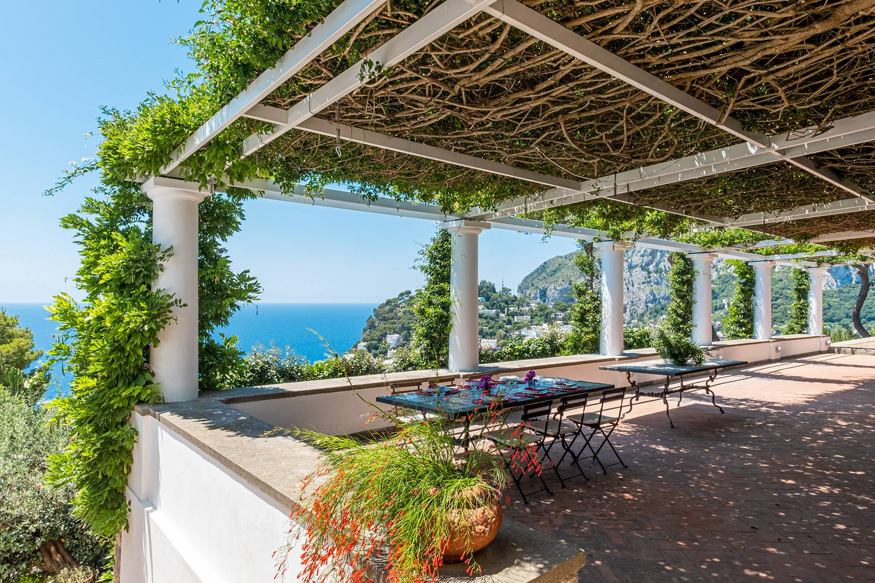 Villa in Vendita a Capri traversa sopramonte