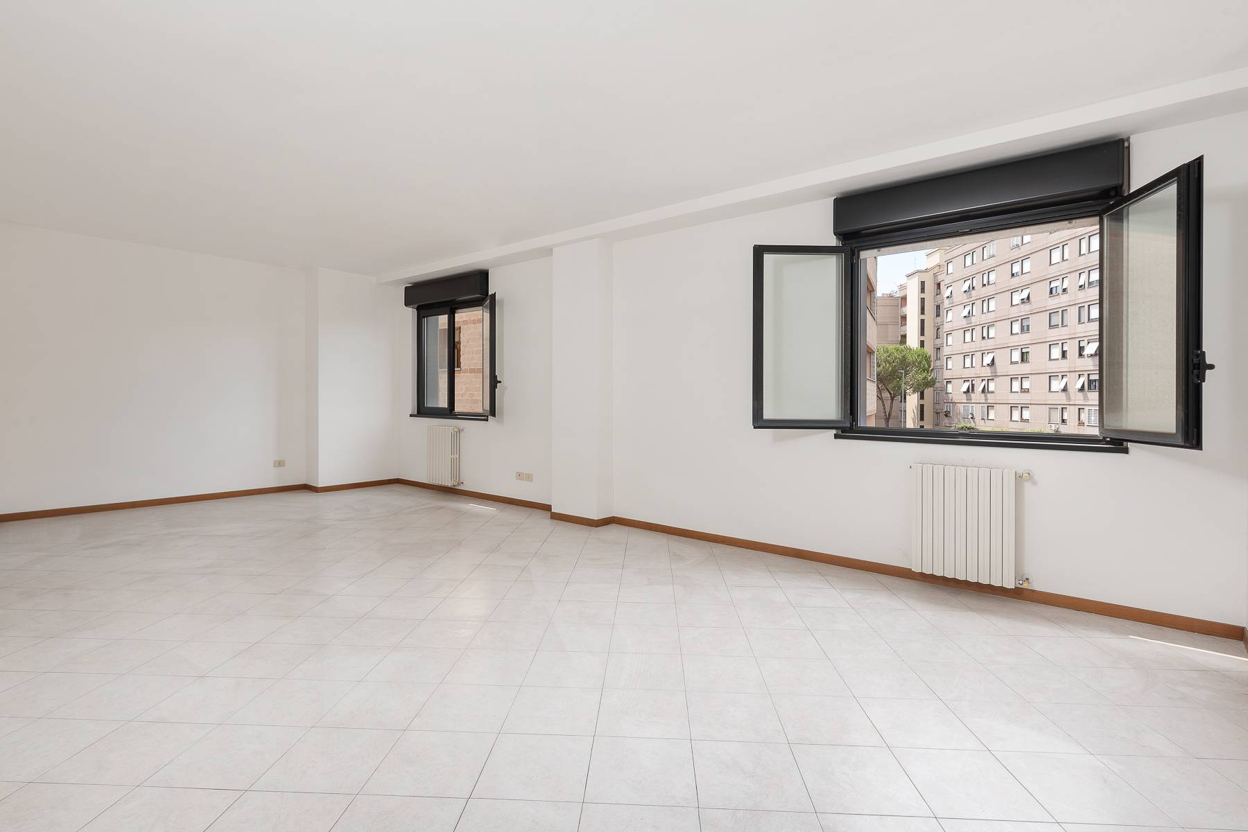 Appartamento in Vendita a Roma: 3 locali, 101 mq - Foto 2