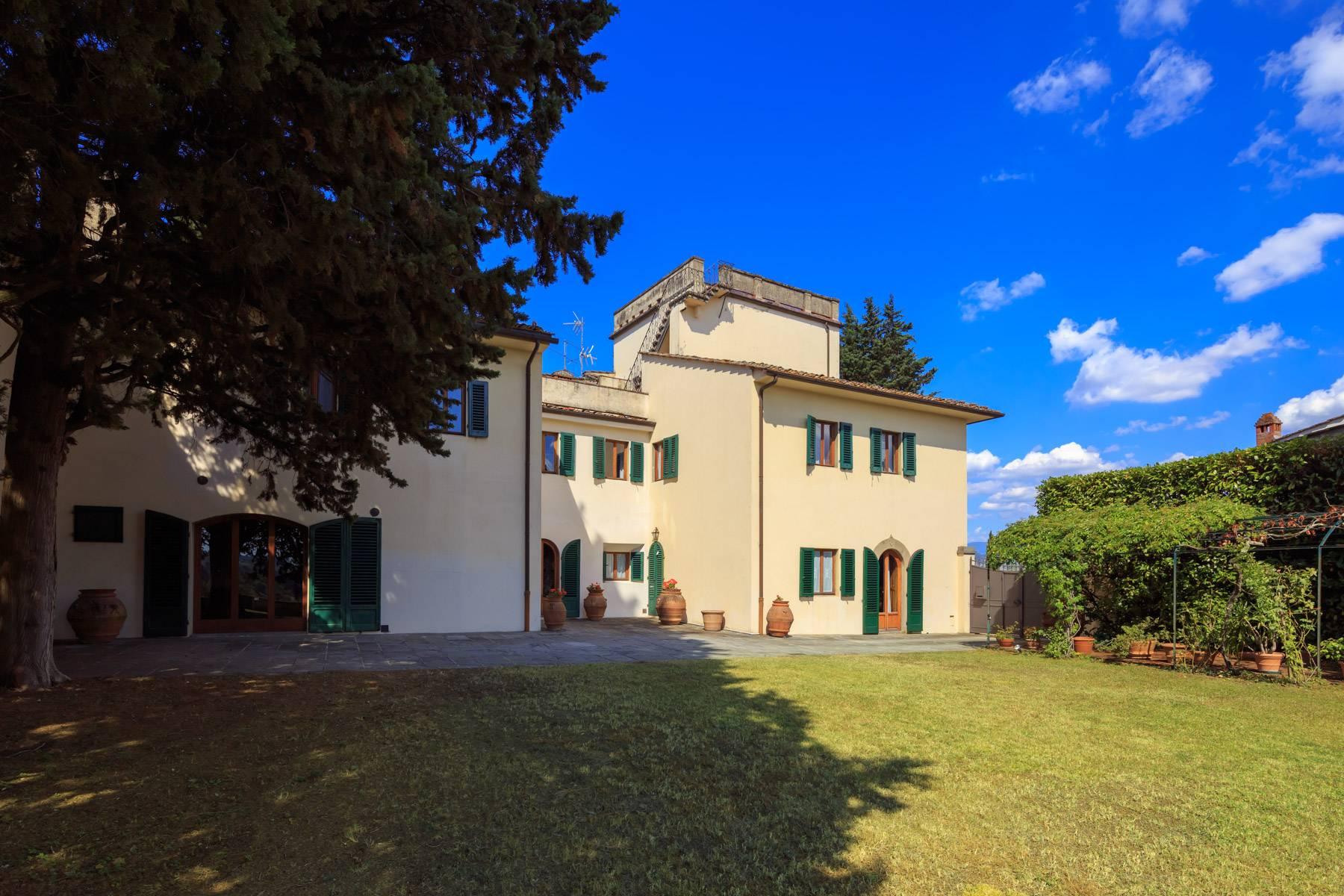Villa in Vendita a Bagno A Ripoli: 5 locali, 790 mq