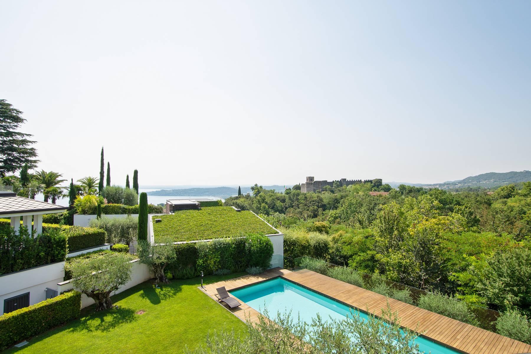 Appartamento in Vendita a Padenghe Sul Garda: 3 locali, 163 mq - Foto 2