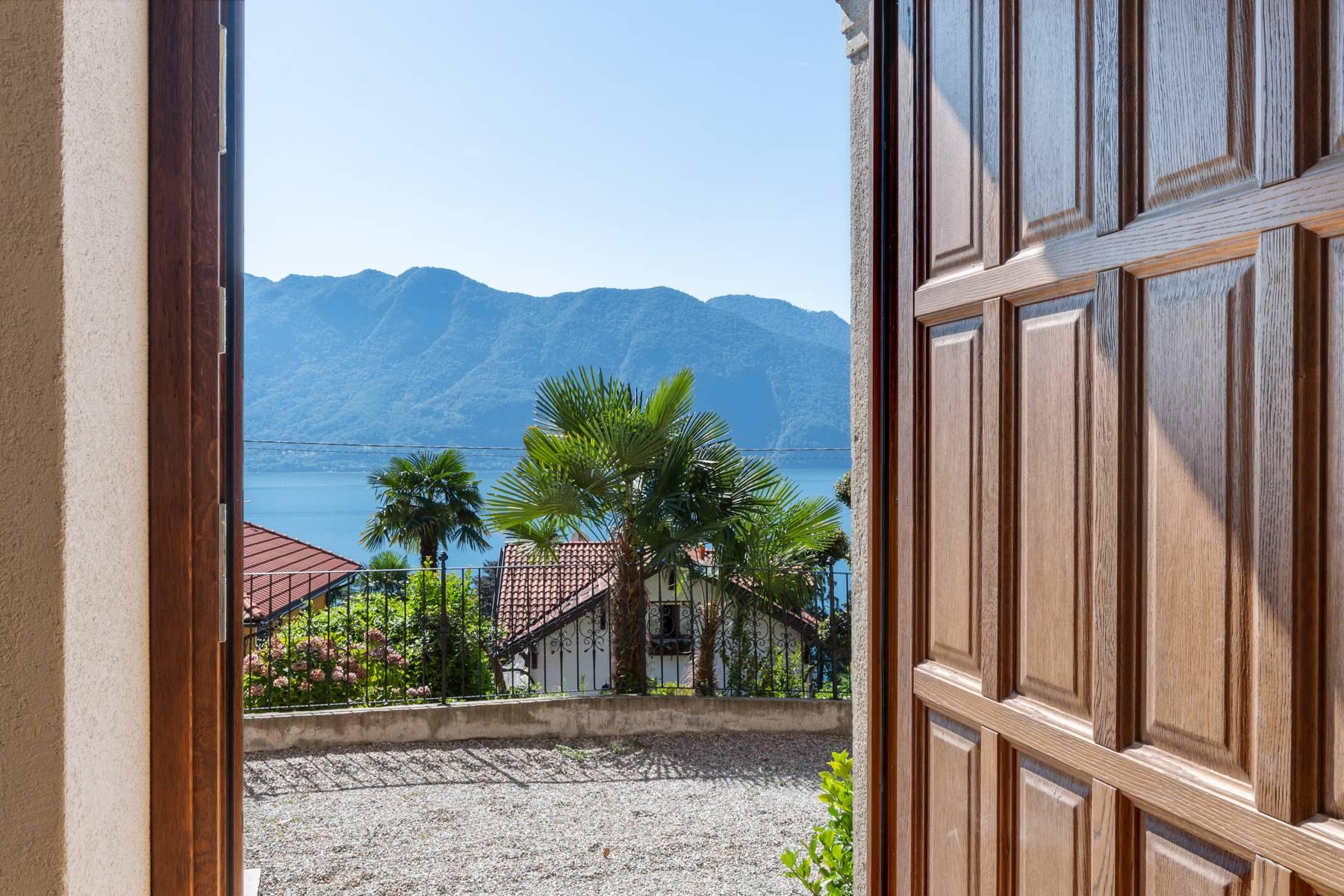 Villa in Vendita a Ghiffa foro c.so cristocolombo