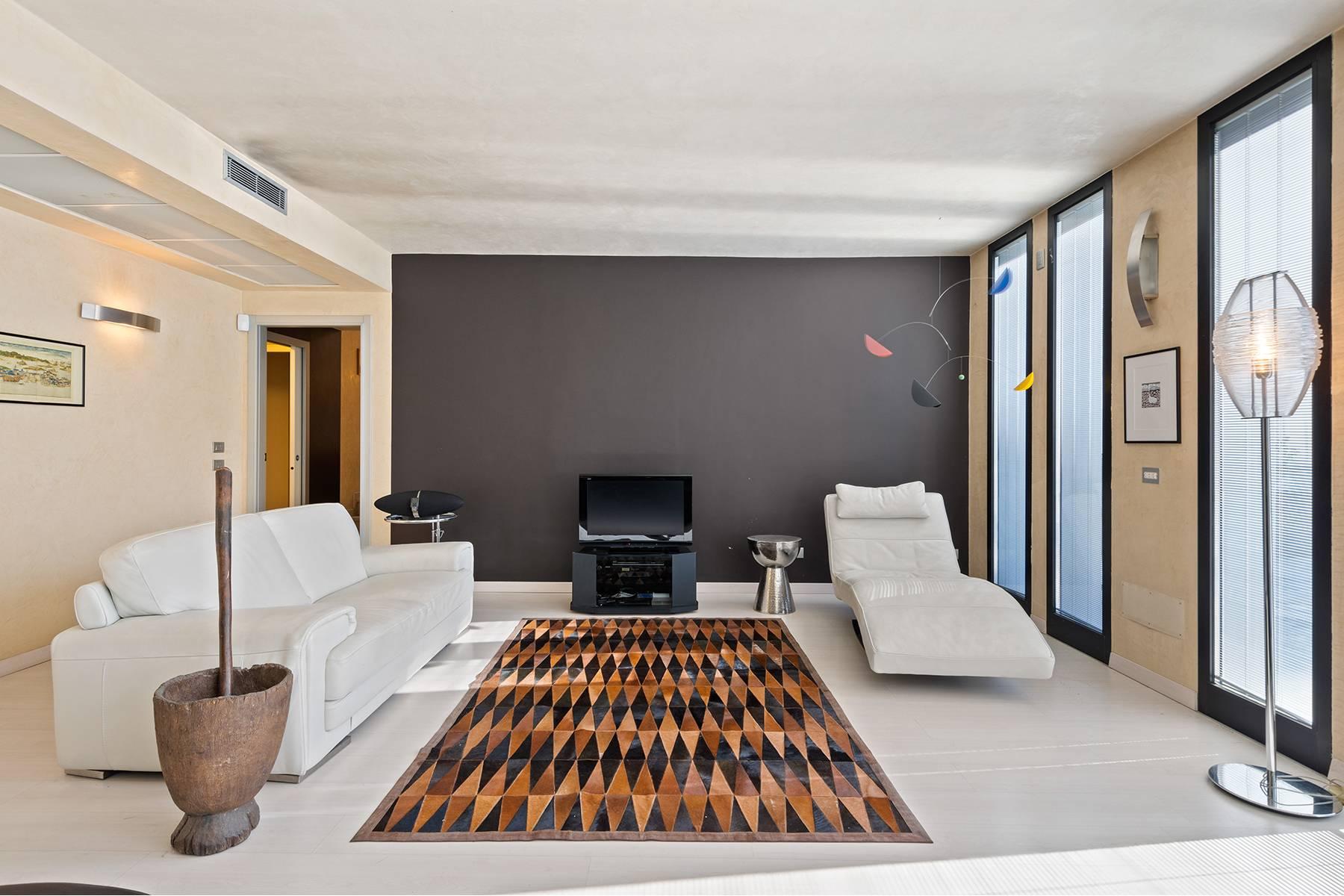 Appartamento in Vendita a Brescia: 5 locali, 290 mq