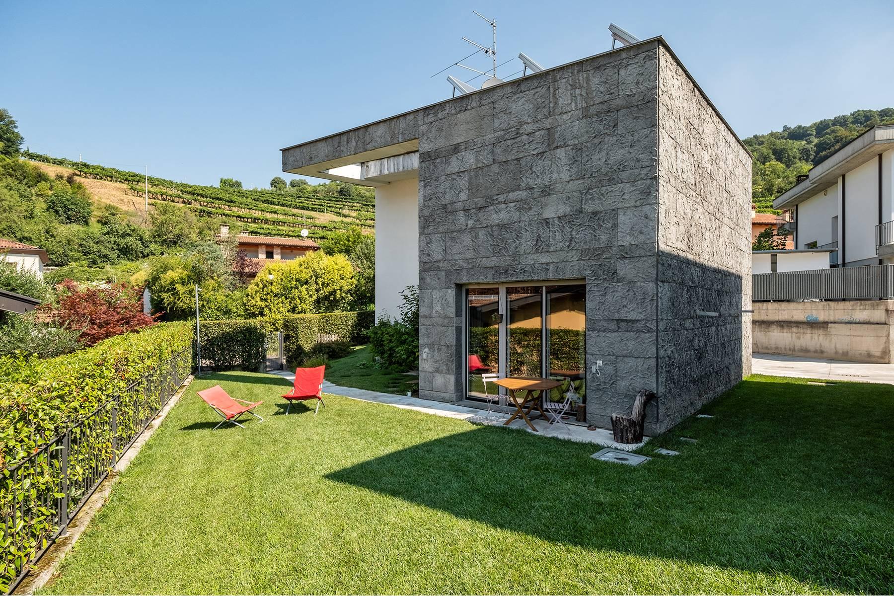 Villa in Vendita a Gussago: 5 locali, 190 mq