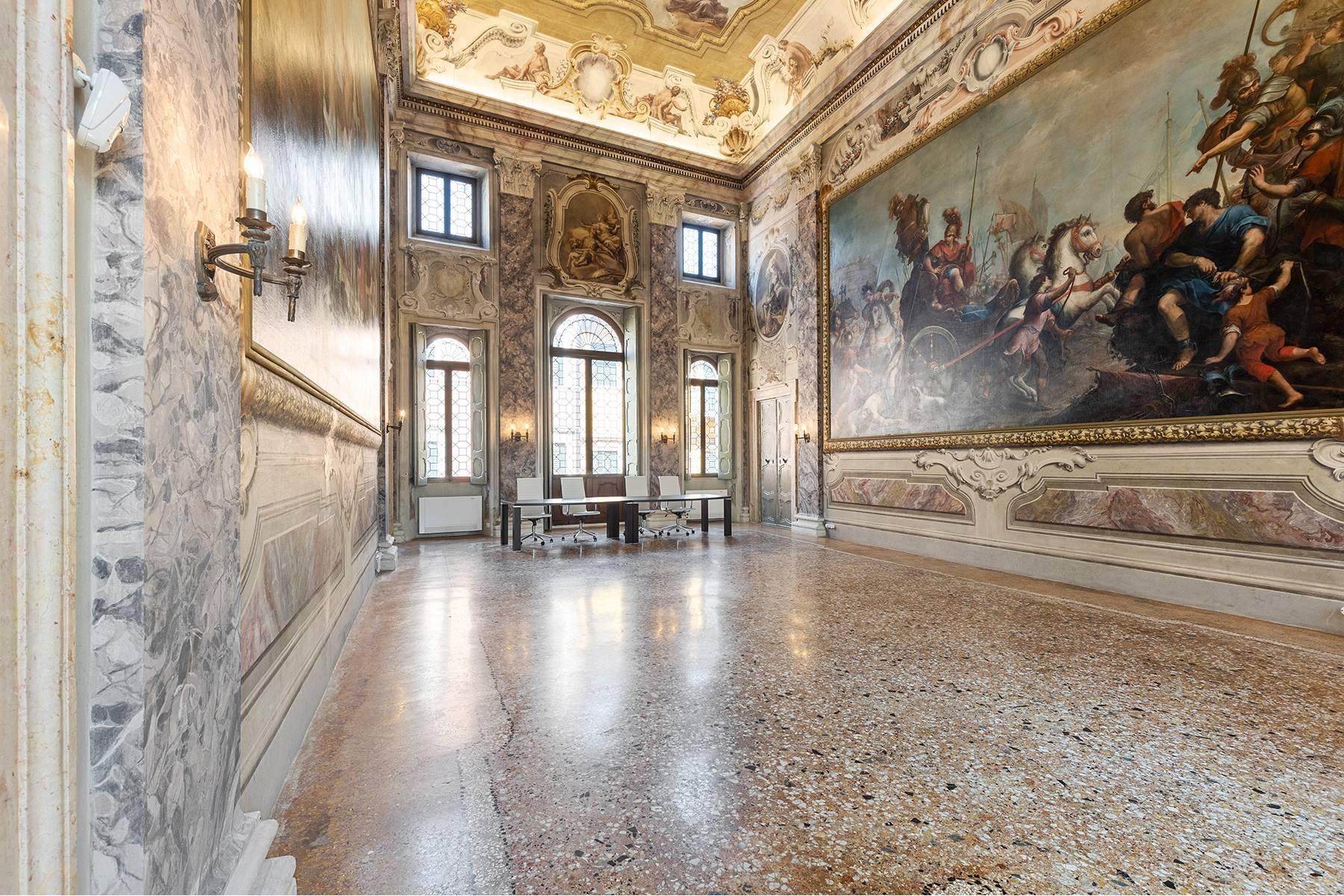 Appartamento in Vendita a Verona: 5 locali, 615 mq - Foto 20