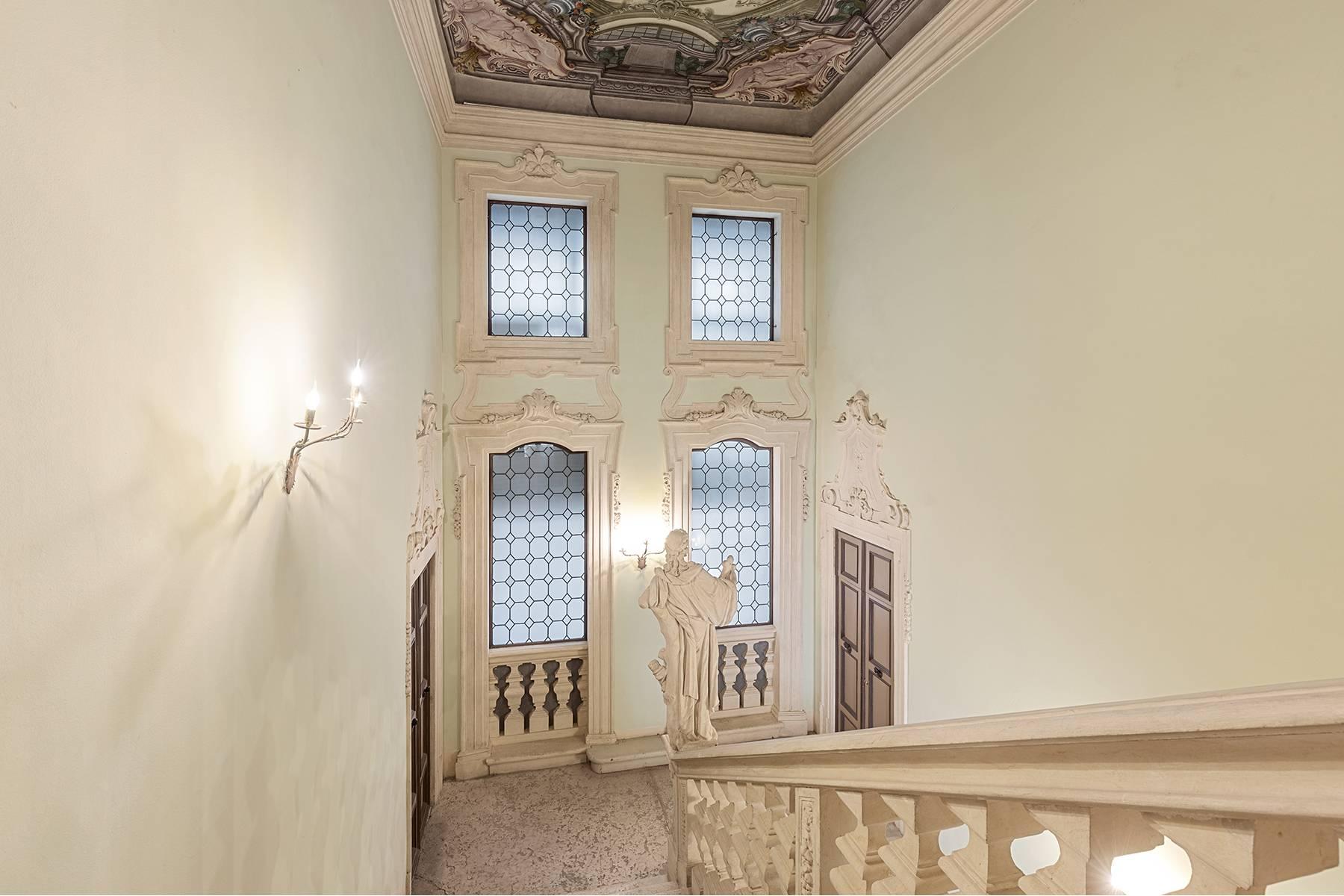 Appartamento in Vendita a Verona: 5 locali, 615 mq - Foto 19