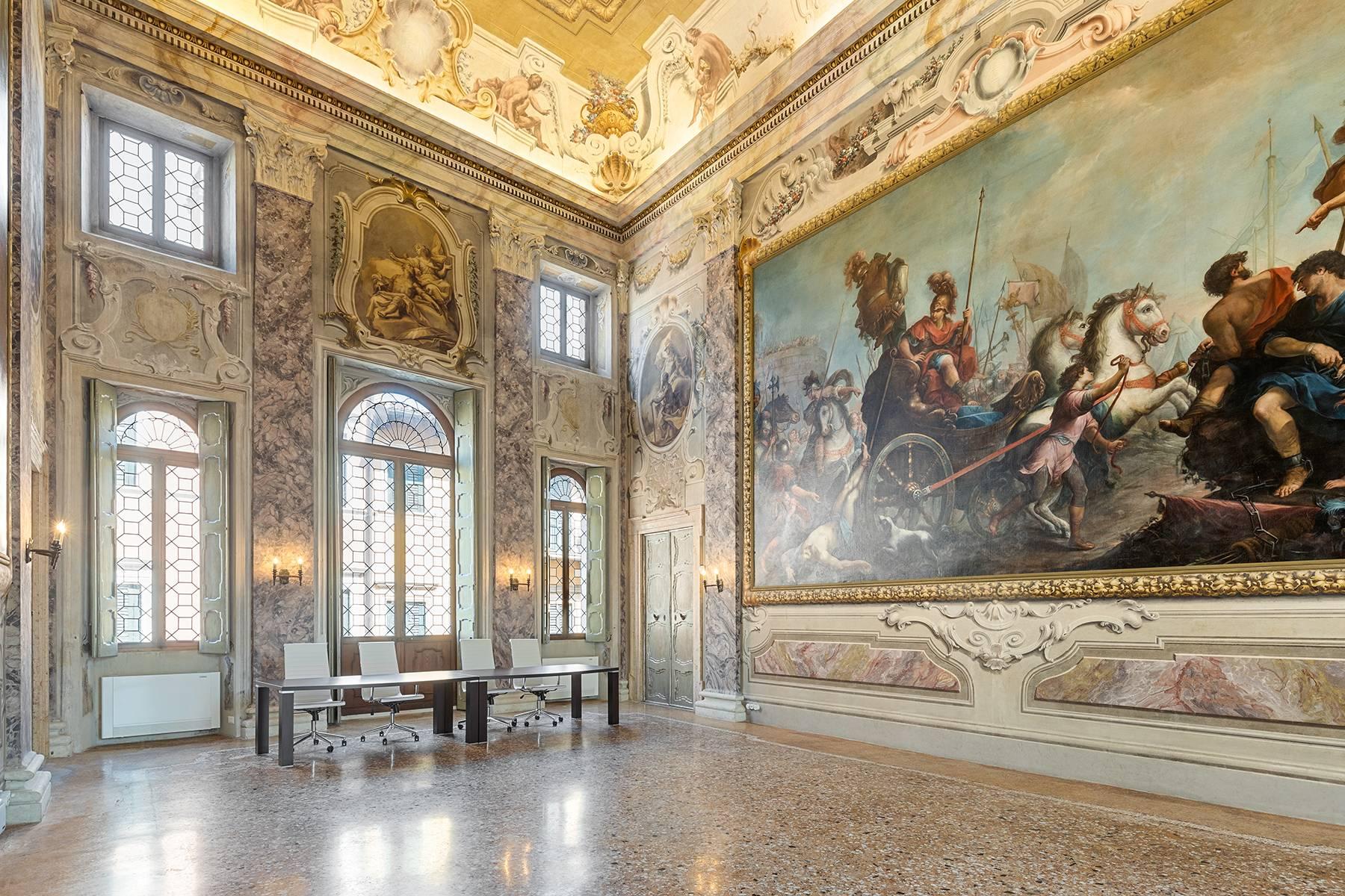 Appartamento in Vendita a Verona: 5 locali, 615 mq - Foto 25
