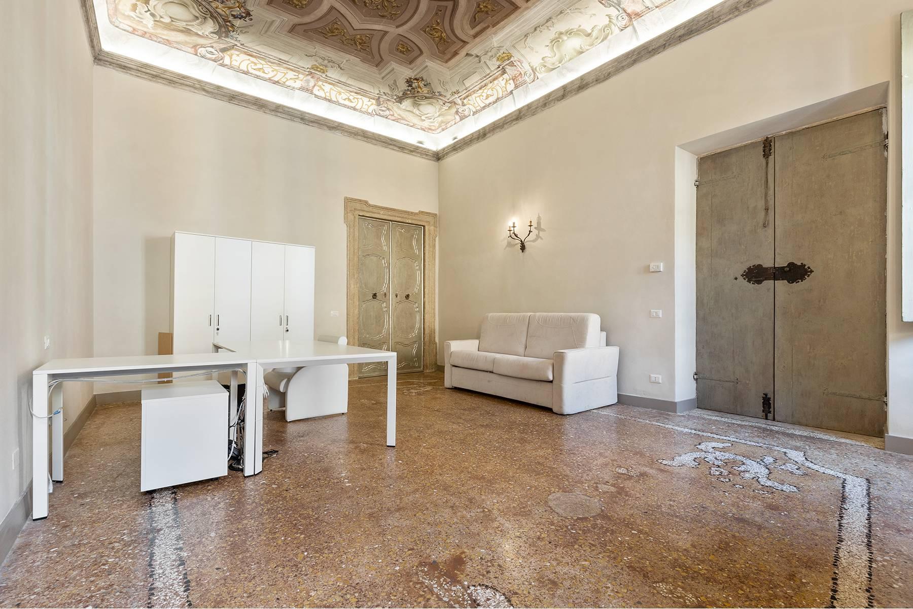 Ufficio-studio in Vendita a Verona: 5 locali, 615 mq - Foto 15