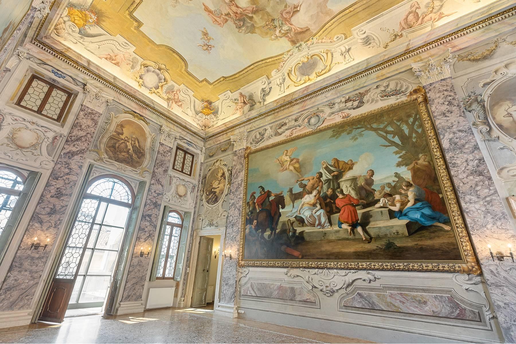Ufficio-studio in Vendita a Verona: 5 locali, 615 mq - Foto 24