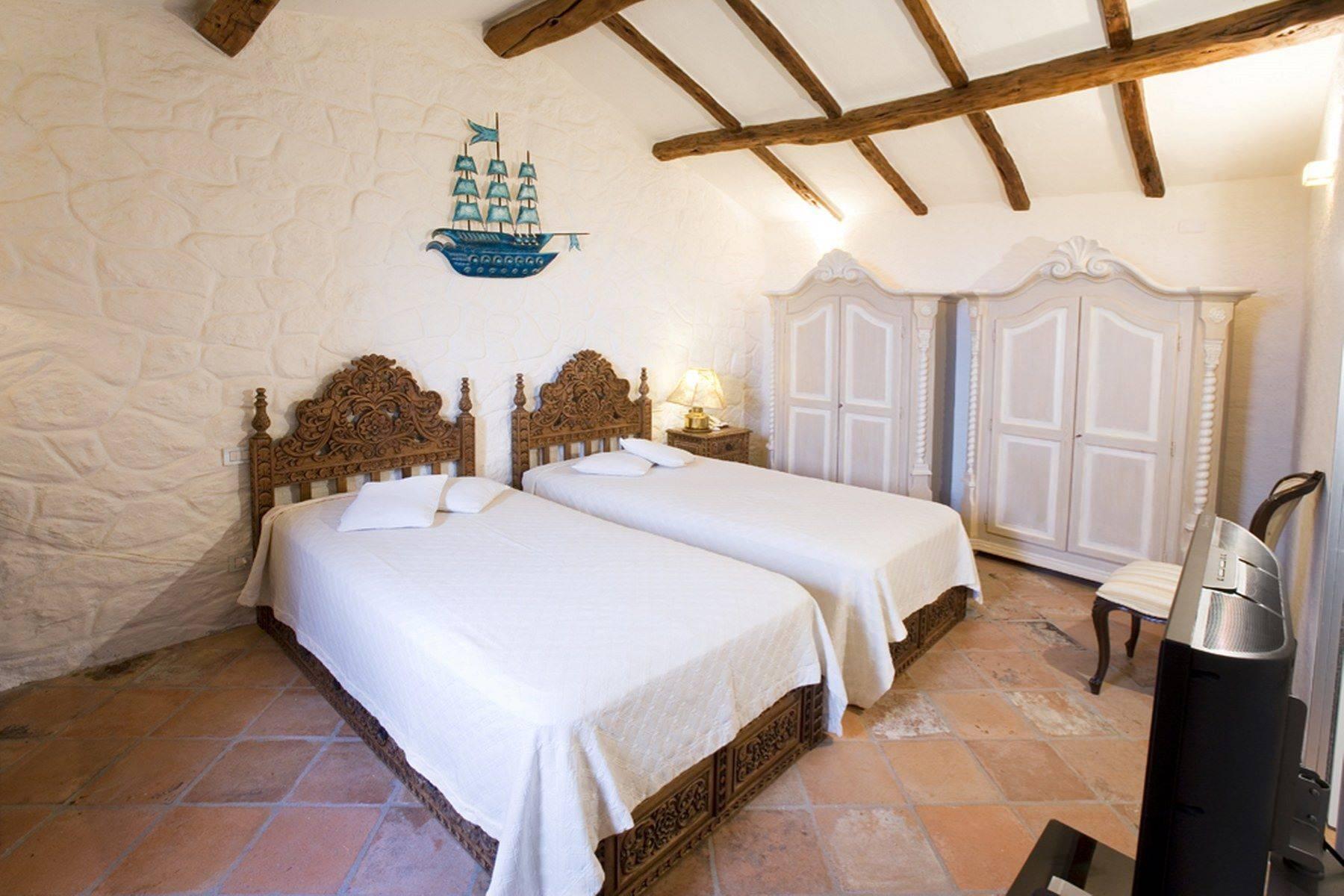 Villa in Vendita a Arzachena: 5 locali, 950 mq - Foto 27