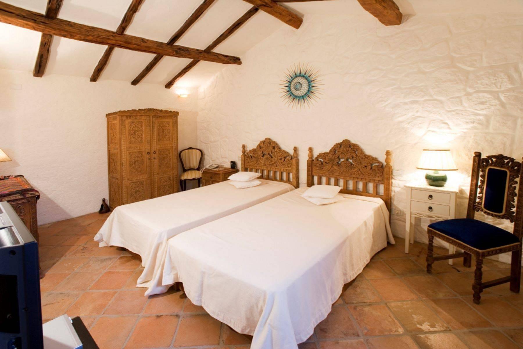 Villa in Vendita a Arzachena: 5 locali, 950 mq - Foto 28