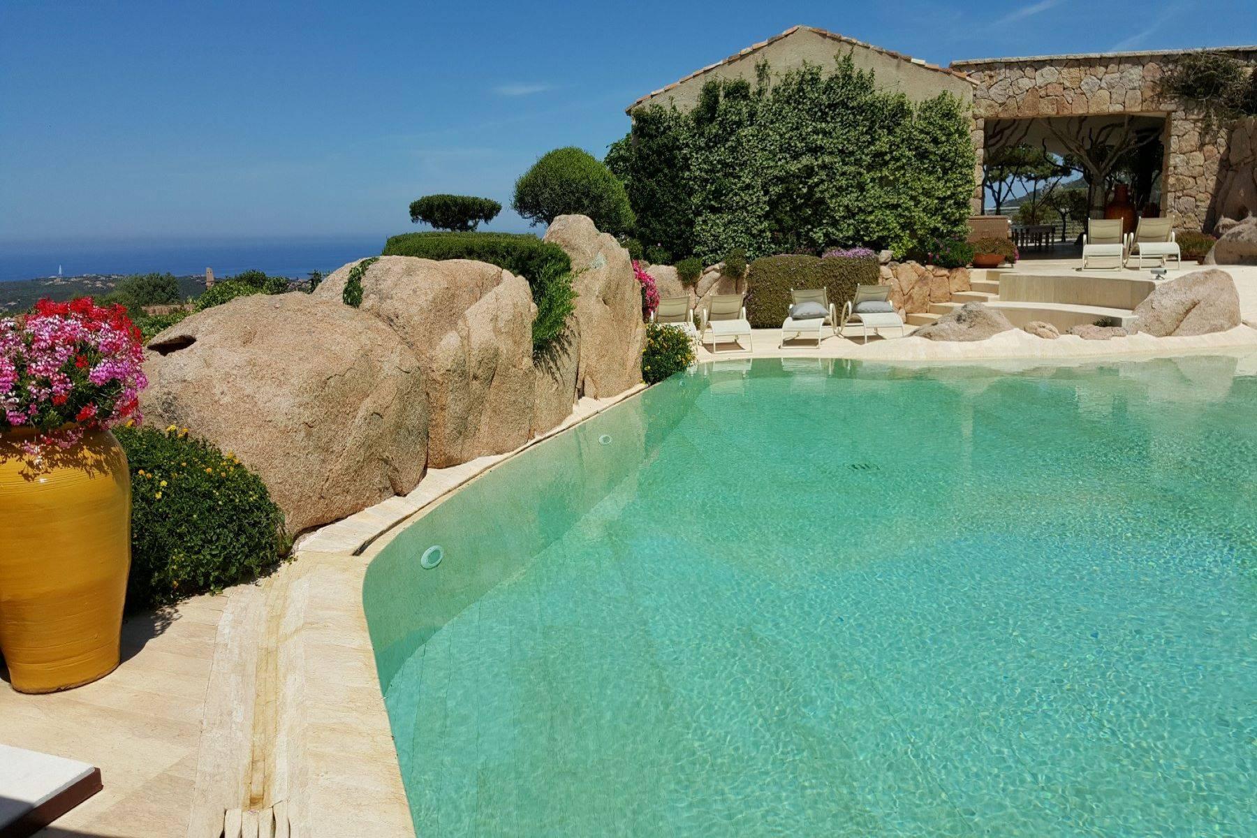 Villa in Vendita a Arzachena: 5 locali, 950 mq - Foto 14