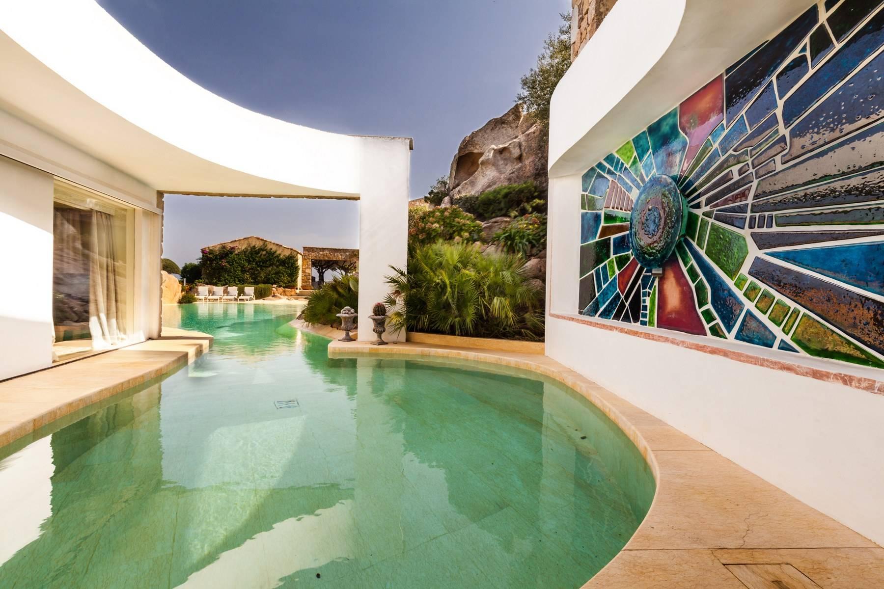 Villa in Vendita a Arzachena: 5 locali, 950 mq - Foto 3