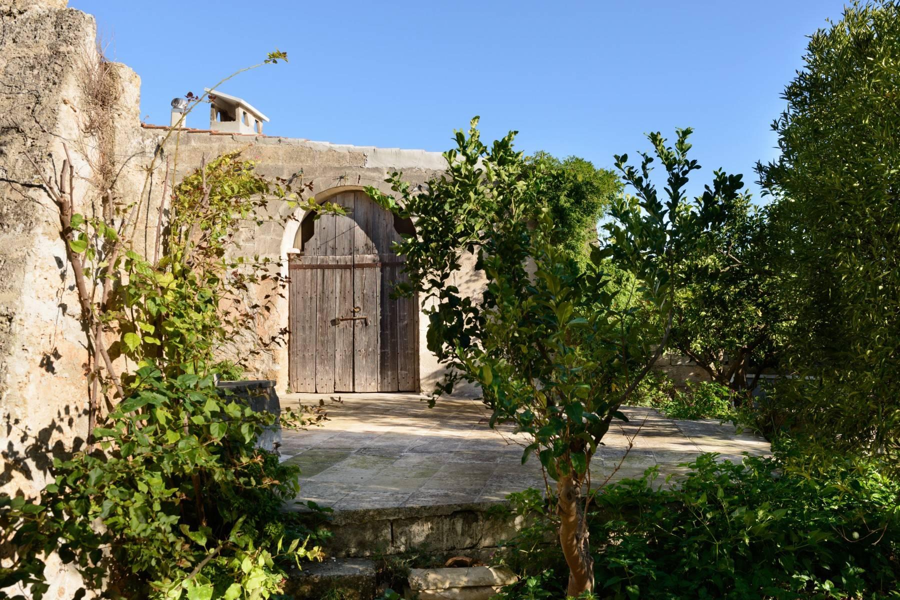 Villa in Vendita a Mesagne: 5 locali, 350 mq - Foto 6