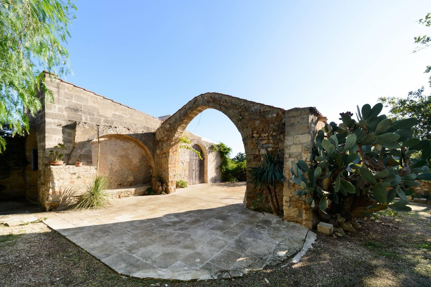 Villa in Vendita a Mesagne: 5 locali, 350 mq - Foto 14