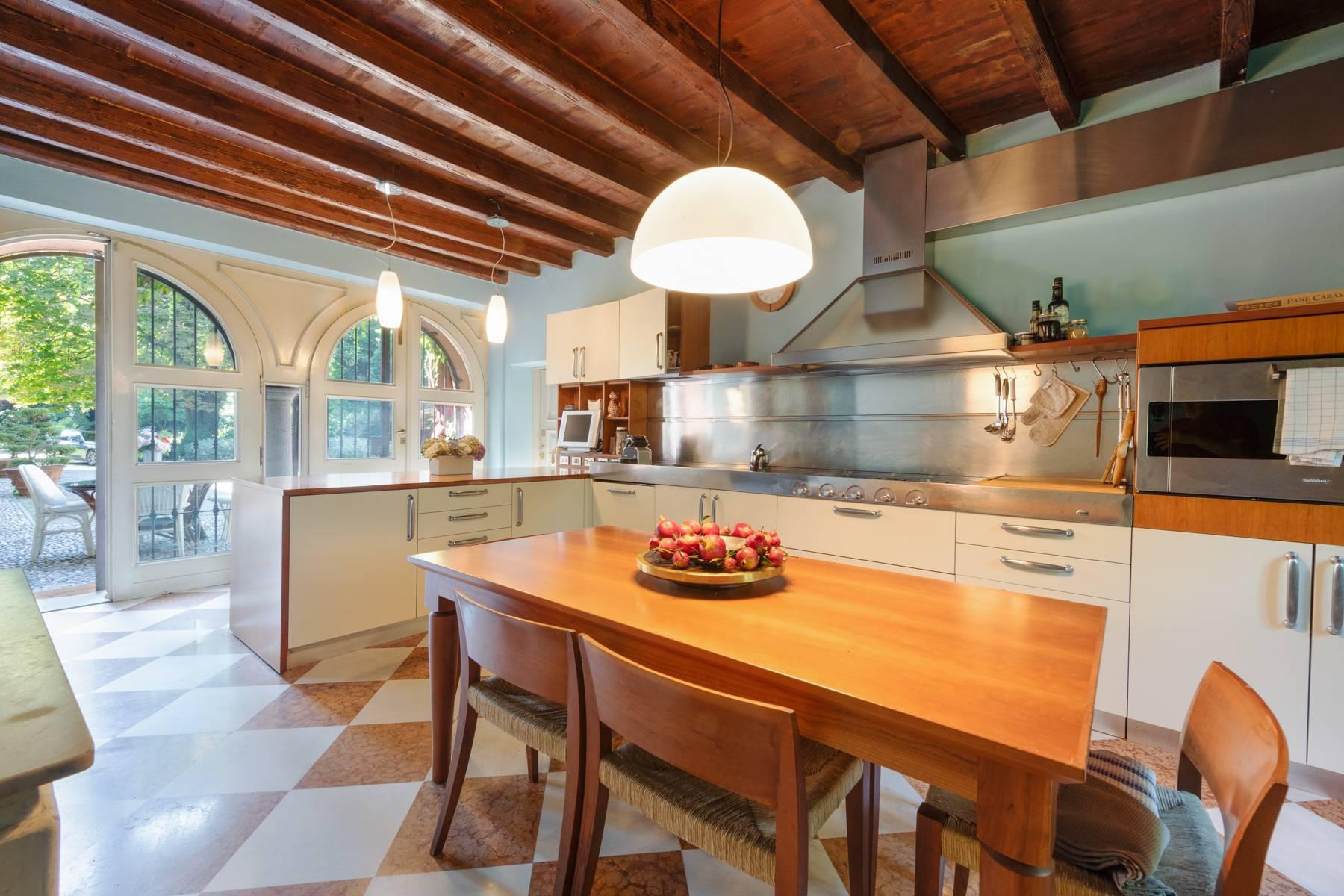 Villa in Vendita a Merate: 5 locali, 1200 mq - Foto 7
