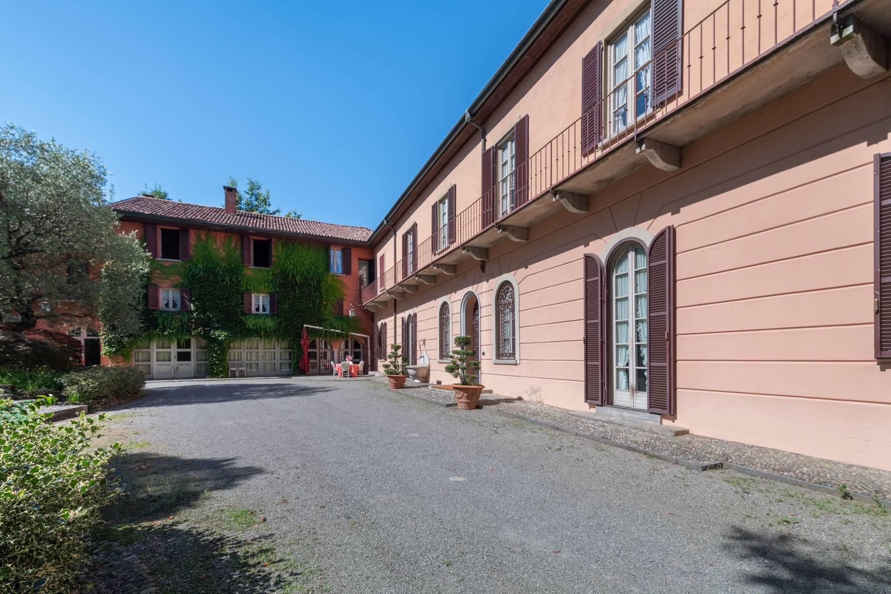 Villa in Vendita a Merate: 5 locali, 1200 mq - Foto 3