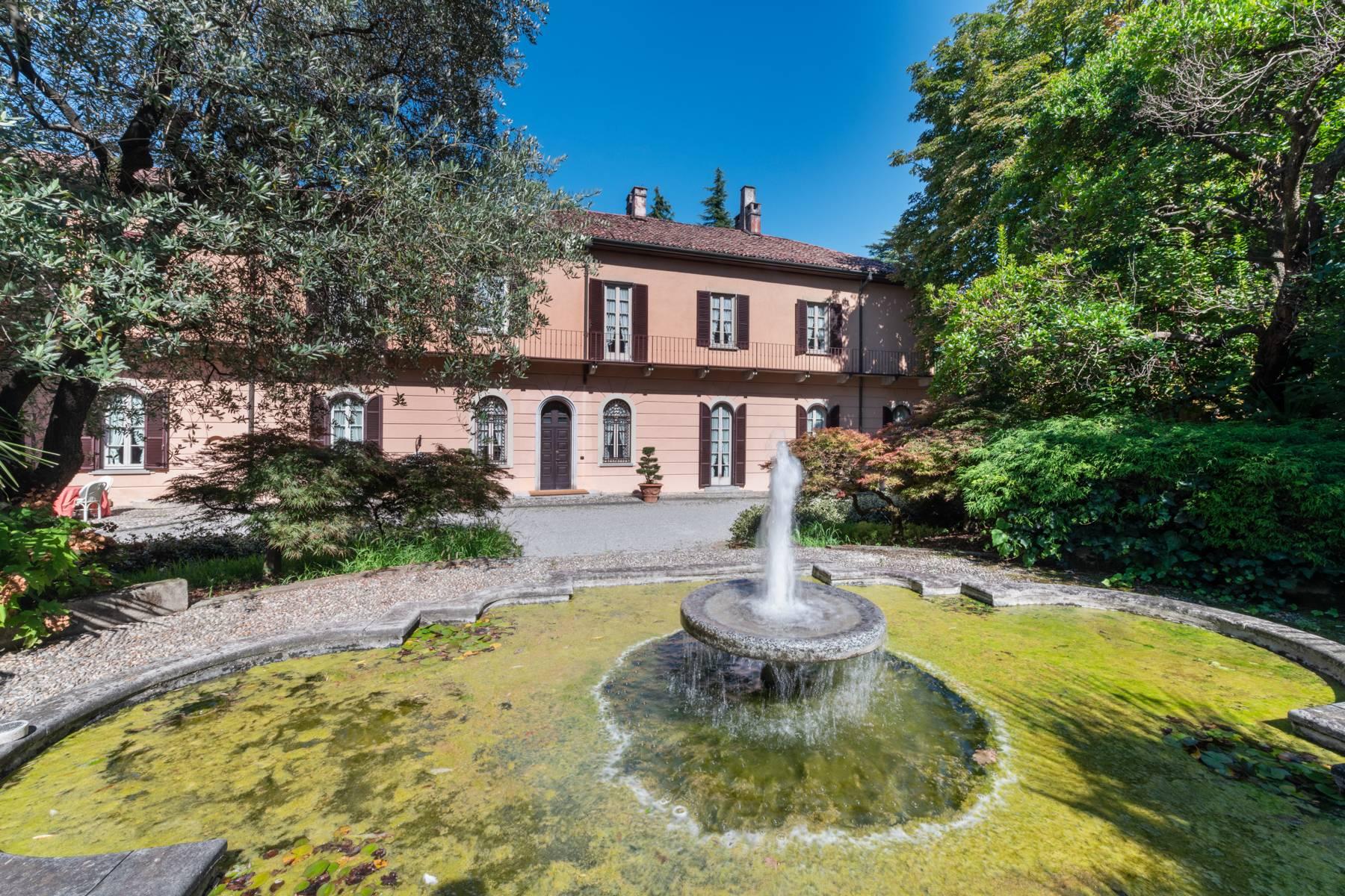 Villa in Vendita a Merate: 5 locali, 1200 mq - Foto 2