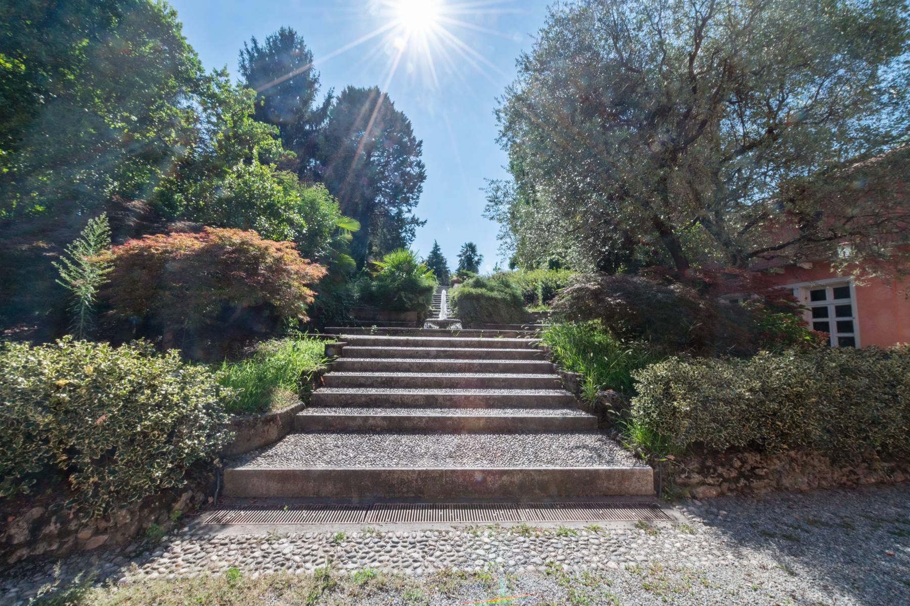 Villa in Vendita a Merate: 5 locali, 1200 mq - Foto 4