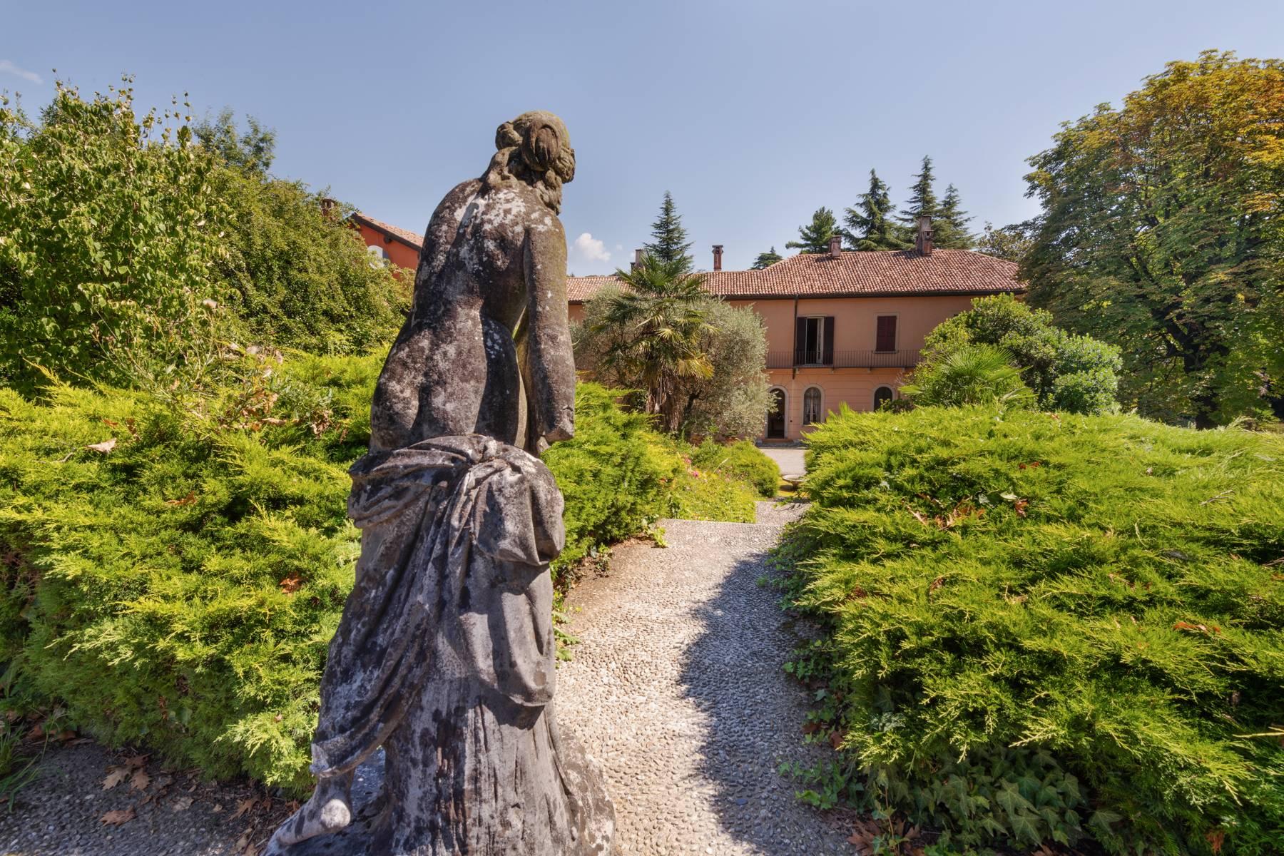Villa in Vendita a Merate: 5 locali, 1200 mq - Foto 18