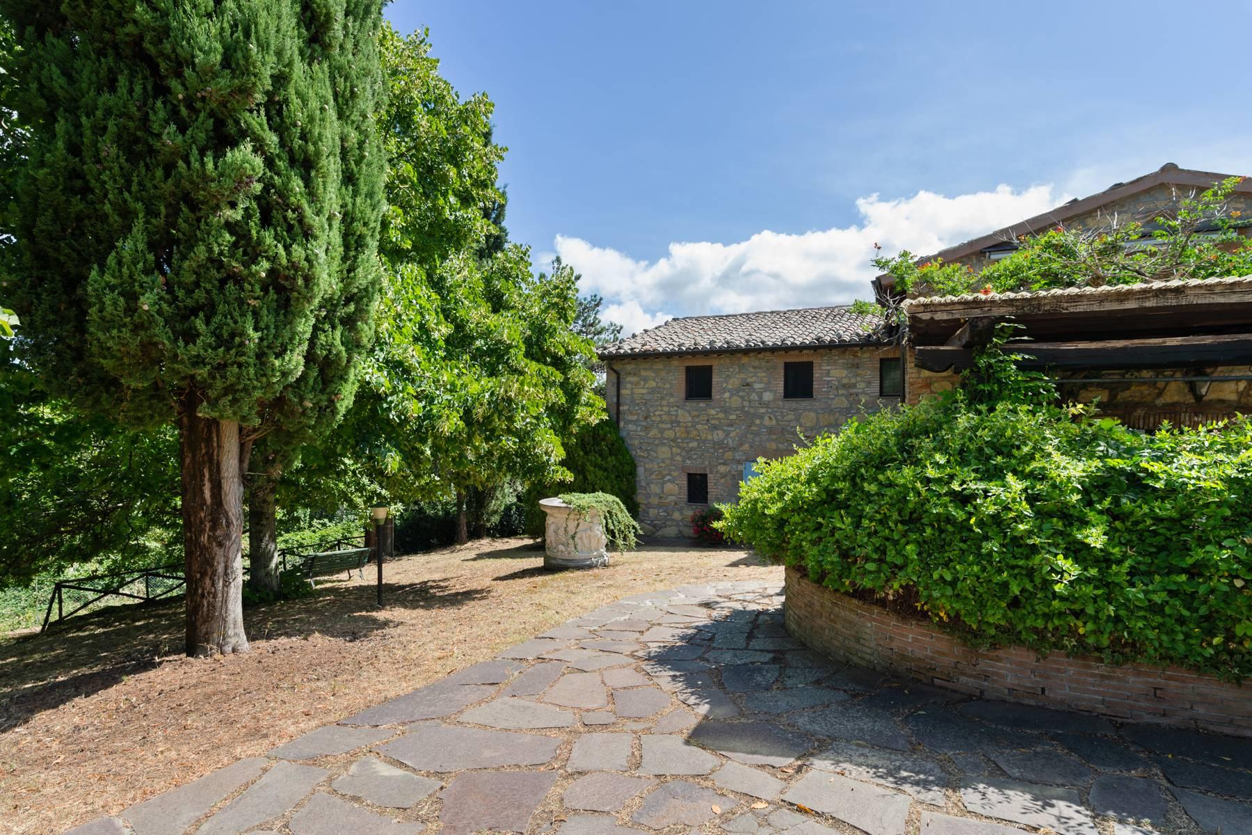 Rustico in Vendita a Orvieto: 5 locali, 484 mq - Foto 2