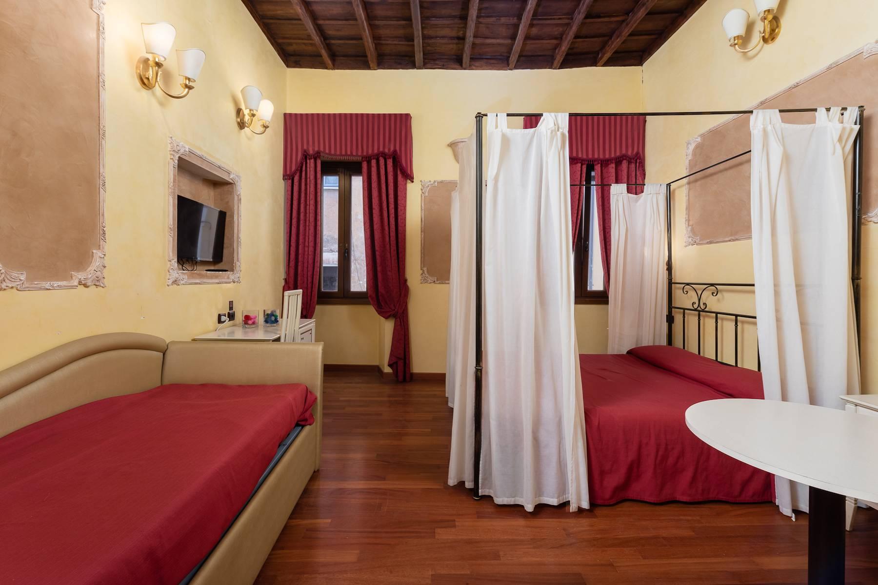 Appartamento in Vendita a Roma: 5 locali, 97 mq - Foto 2