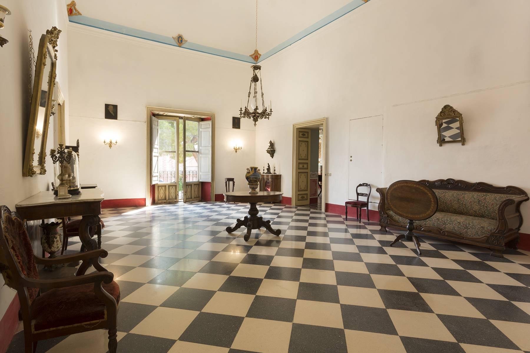 Villa in Vendita a Comiso: 5 locali, 680 mq - Foto 6