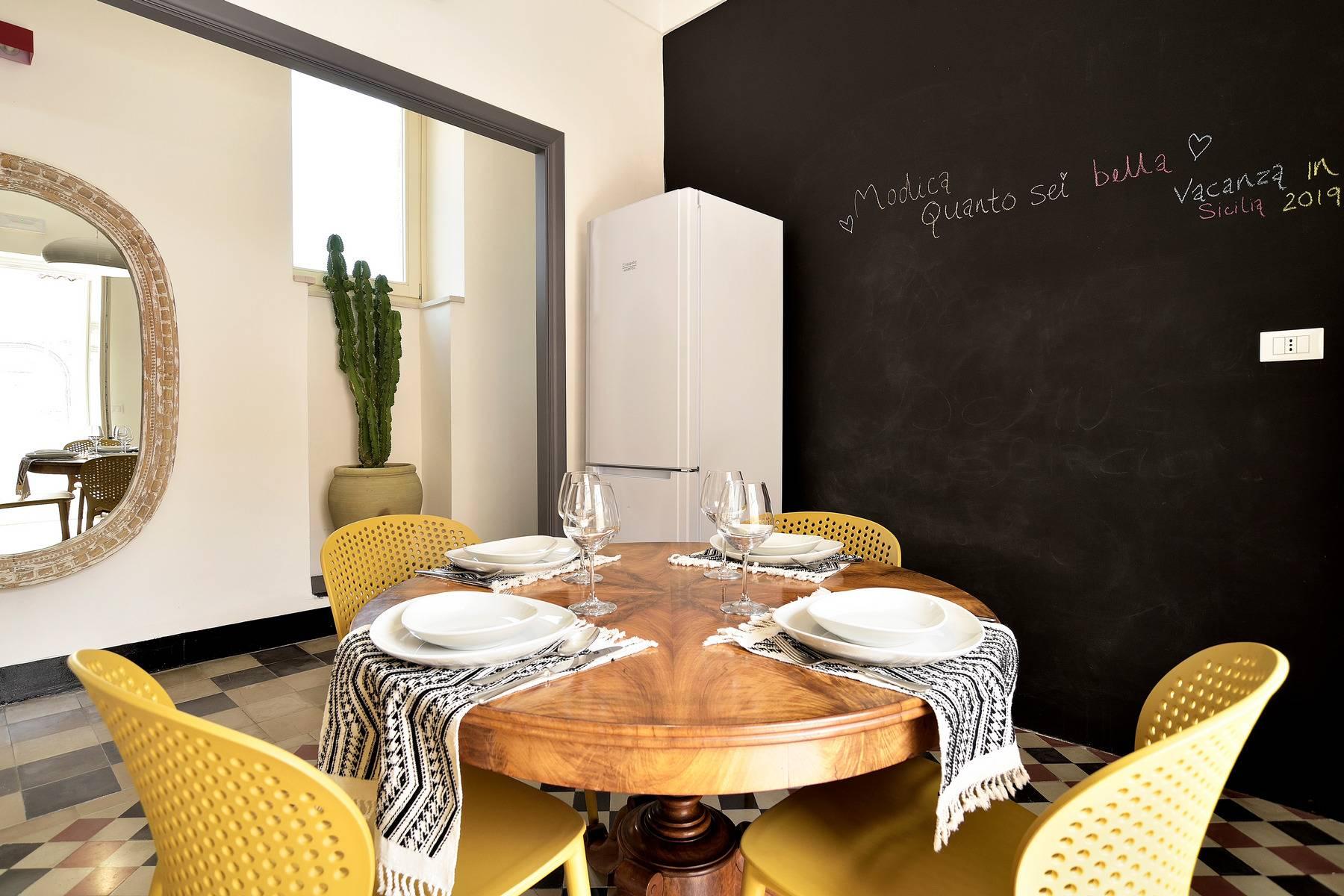 Casa indipendente in Vendita a Modica: 5 locali, 185 mq - Foto 2