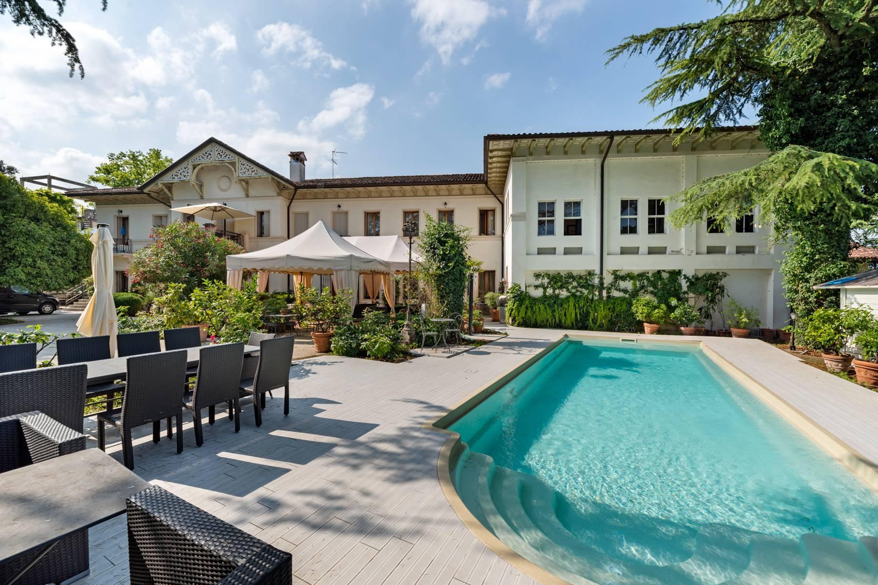 Villa in Vendita a Conegliano: 5 locali, 1000 mq
