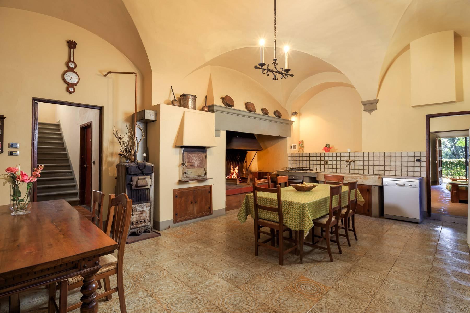 Villa in Vendita a Reggello: 5 locali, 2450 mq - Foto 7